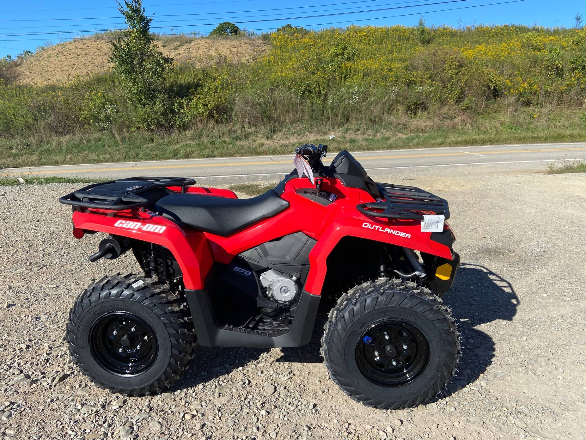 2021 Can-Am Outlander 570 in Claysville, Pennsylvania - Photo 1