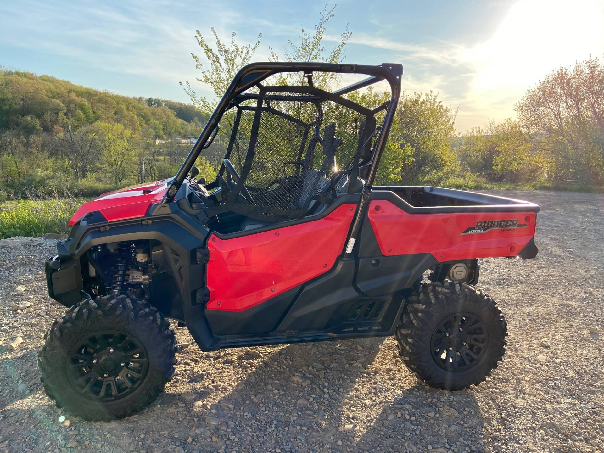 2020 Honda Pioneer 1000 Deluxe in Claysville, Pennsylvania - Photo 3