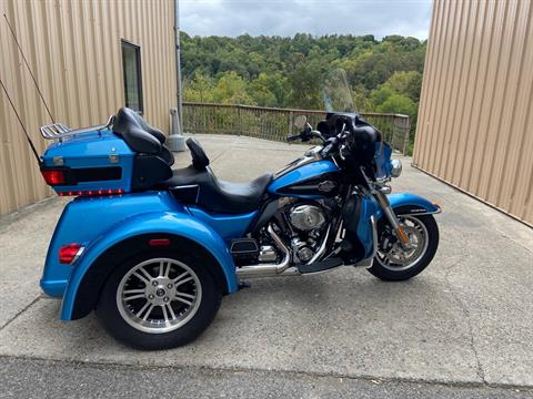 2011 Harley-Davidson Tri Glide® Ultra Classic® in Claysville, Pennsylvania - Photo 3