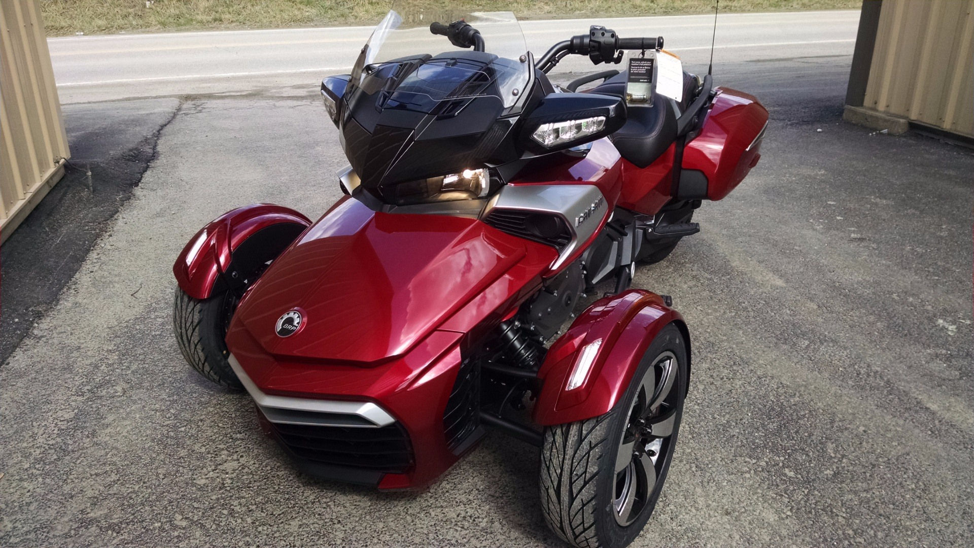 2016 Can-Am SPYDER F3-T in Claysville, Pennsylvania