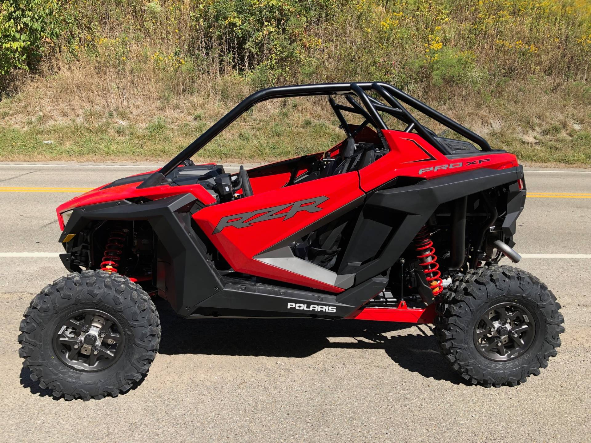 2020 Polaris RZR Pro XP Premium in Claysville, Pennsylvania - Photo 2