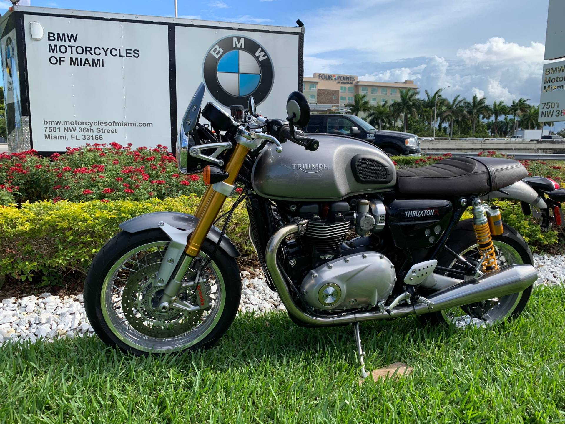 Used 2016 Triumph Thruxton 1200 R for sale,  2016 Triumph Thruxton 1200R for sale,  Triumph Thruxton1200R,  Used ThruxtonR, Cafe. Cruiser, BMW Motorcycles of Miami, Motorcycles of Miami, Motorcycles Miami, New Motorcycles, Used Motorcycles, pre-owned. #BMWMotorcyclesOfMiami #MotorcyclesOfMiami #Moto - Photo 6