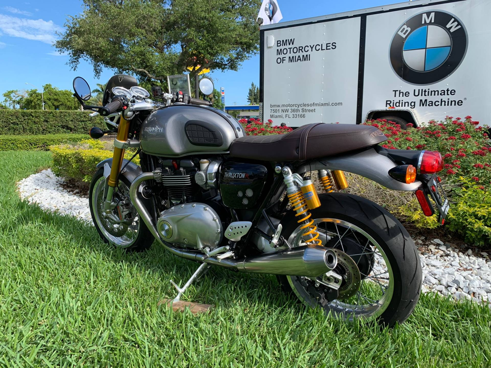 Used 2016 Triumph Thruxton 1200 R for sale,  2016 Triumph Thruxton 1200R for sale,  Triumph Thruxton1200R,  Used ThruxtonR, Cafe. Cruiser, BMW Motorcycles of Miami, Motorcycles of Miami, Motorcycles Miami, New Motorcycles, Used Motorcycles, pre-owned. #BMWMotorcyclesOfMiami #MotorcyclesOfMiami #Moto - Photo 9