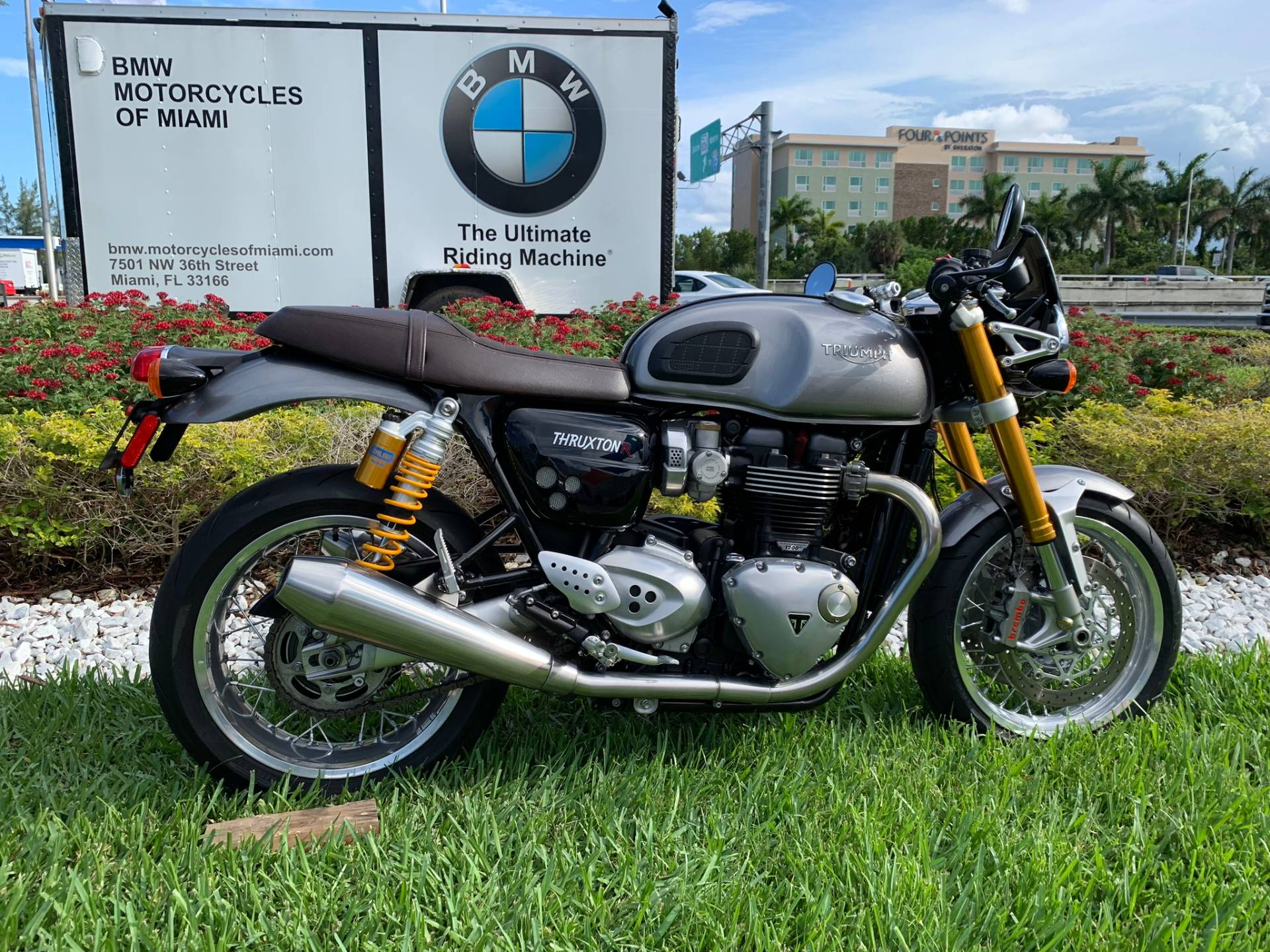 Used 2016 Triumph Thruxton 1200 R for sale,  2016 Triumph Thruxton 1200R for sale,  Triumph Thruxton1200R,  Used ThruxtonR, Cafe. Cruiser, BMW Motorcycles of Miami, Motorcycles of Miami, Motorcycles Miami, New Motorcycles, Used Motorcycles, pre-owned. #BMWMotorcyclesOfMiami #MotorcyclesOfMiami #Moto - Photo 21