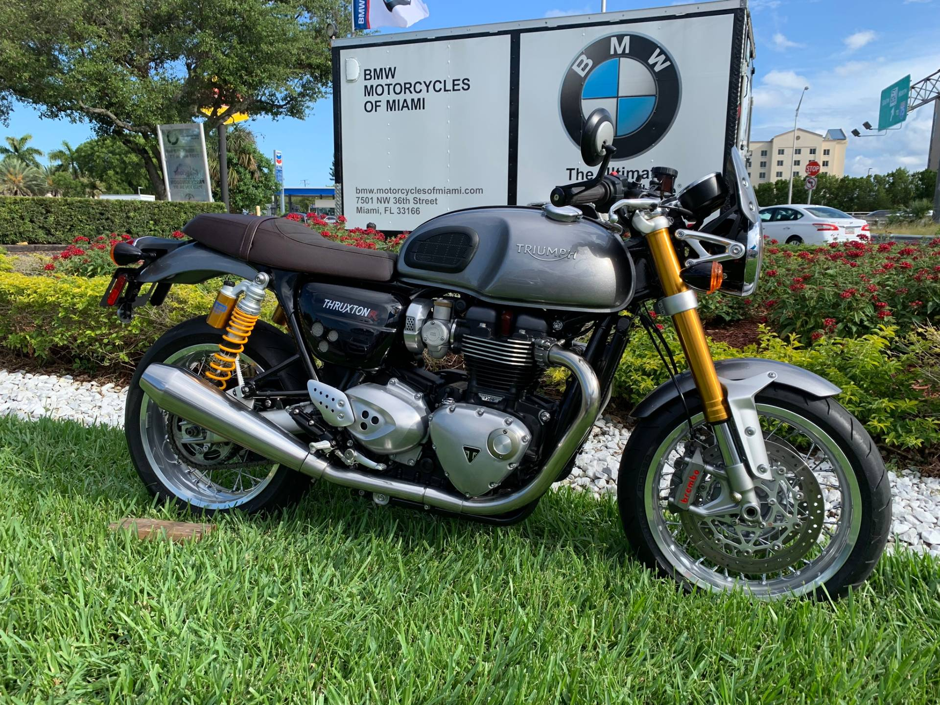 Used 2016 Triumph Thruxton 1200 R for sale,  2016 Triumph Thruxton 1200R for sale,  Triumph Thruxton1200R,  Used ThruxtonR, Cafe. Cruiser, BMW Motorcycles of Miami, Motorcycles of Miami, Motorcycles Miami, New Motorcycles, Used Motorcycles, pre-owned. #BMWMotorcyclesOfMiami #MotorcyclesOfMiami #Moto - Photo 23