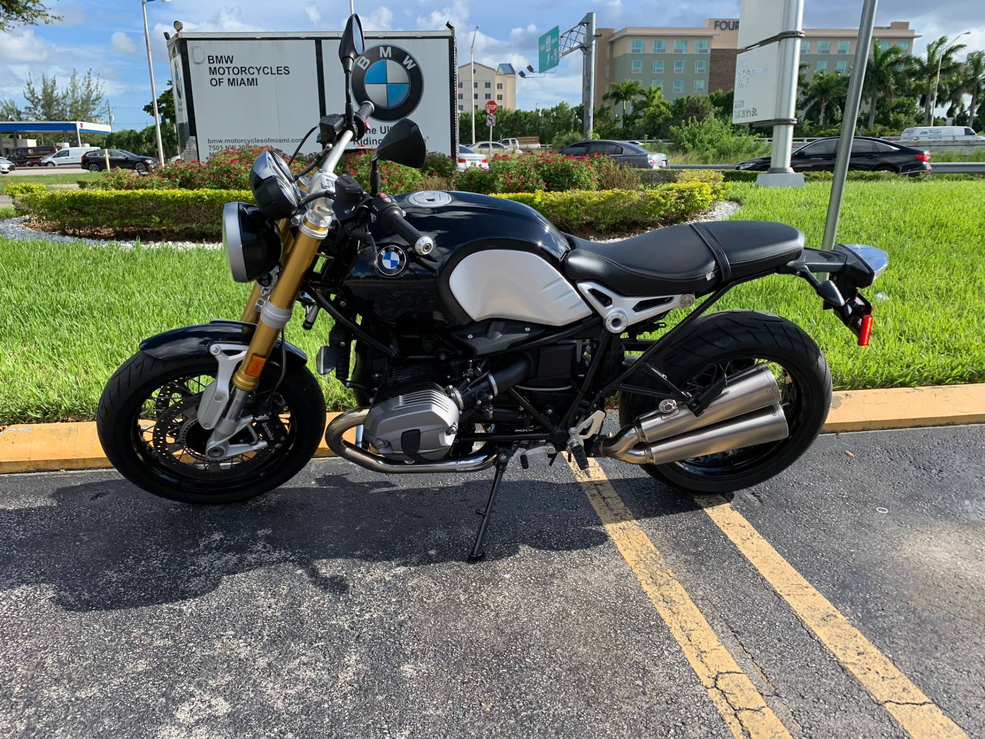 Used 2016 BMW R NineT for sale, BMW for sale, BMW Motorcycle Café Racer, new BMW Caffe, Cafe Racer, BMW. BMW Motorcycles of Miami, Motorcycles of Miami, Motorcycles Miami, New Motorcycles, Used Motorcycles, pre-owned. #BMWMotorcyclesOfMiami #MotorcyclesOfMiami. - Photo 9