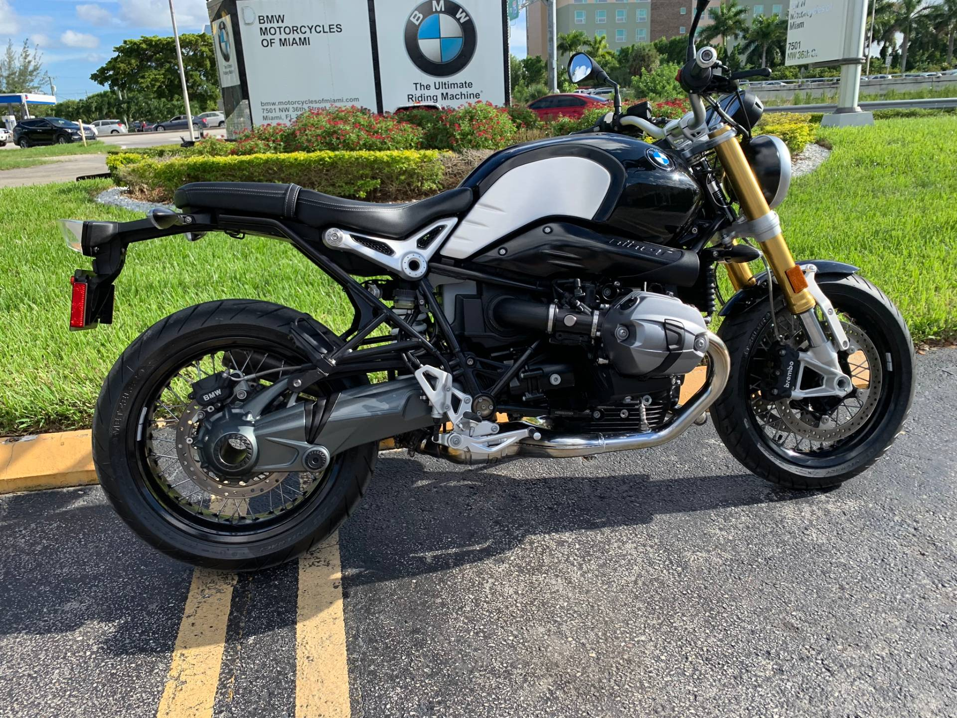 Used 2016 BMW R NineT for sale, BMW for sale, BMW Motorcycle Café Racer, new BMW Caffe, Cafe Racer, BMW. BMW Motorcycles of Miami, Motorcycles of Miami, Motorcycles Miami, New Motorcycles, Used Motorcycles, pre-owned. #BMWMotorcyclesOfMiami #MotorcyclesOfMiami. - Photo 28