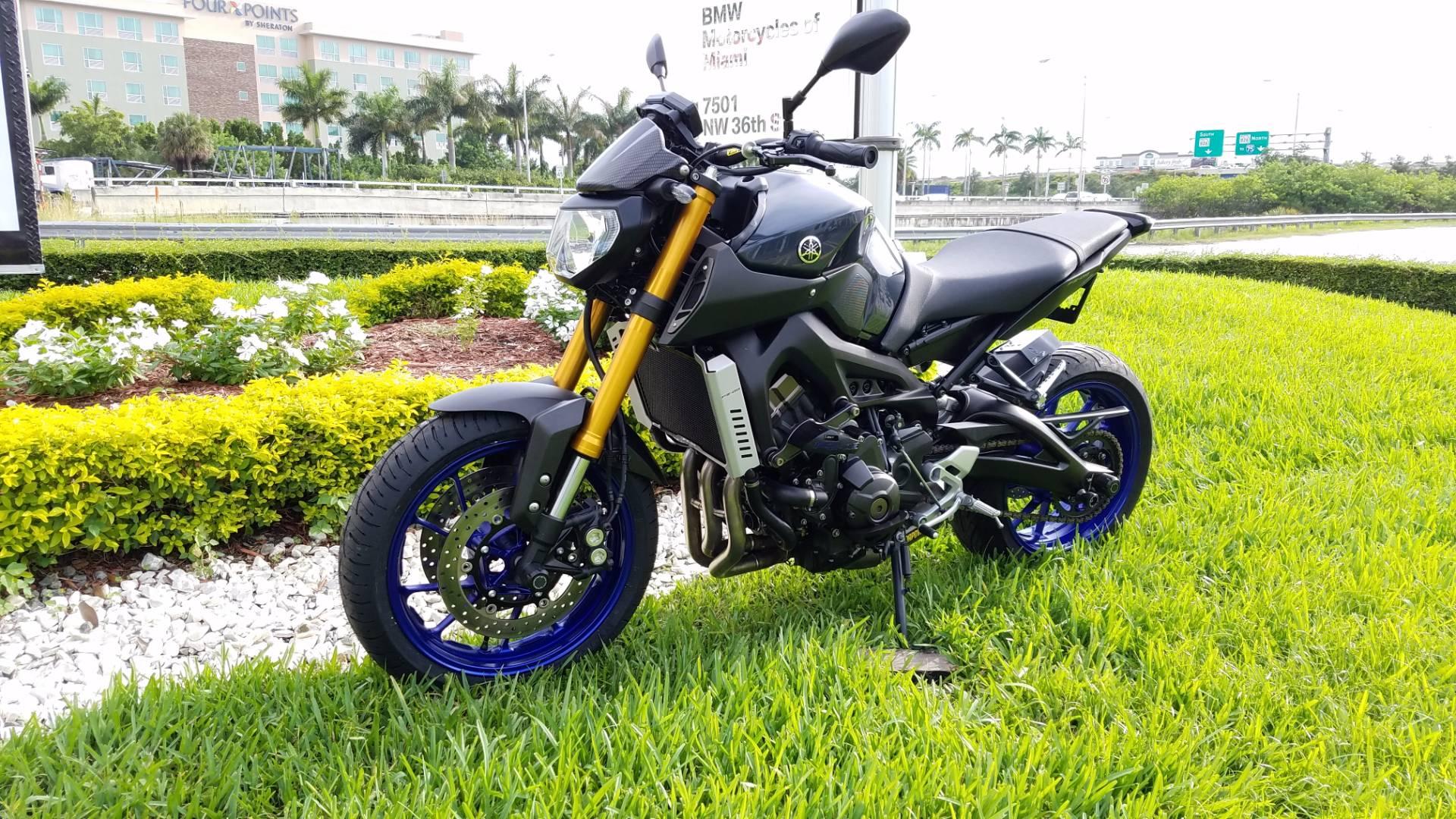 2014 Yamaha FZ-09 4