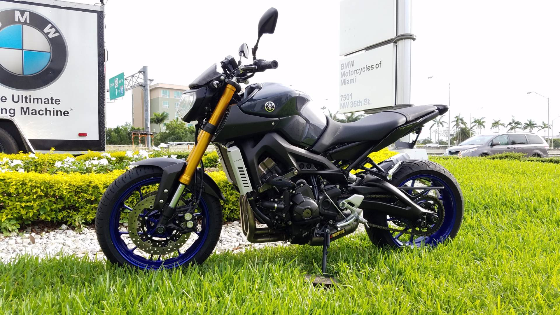 Used 2014 Yamaha FZ 09 For Sale, Yamaha FZ 09 For Sale, Yamaha FZ09, pre-owned Yamaha FZ09 Motorcycle, Yamaha FZ 09, Yamaha FZ09.