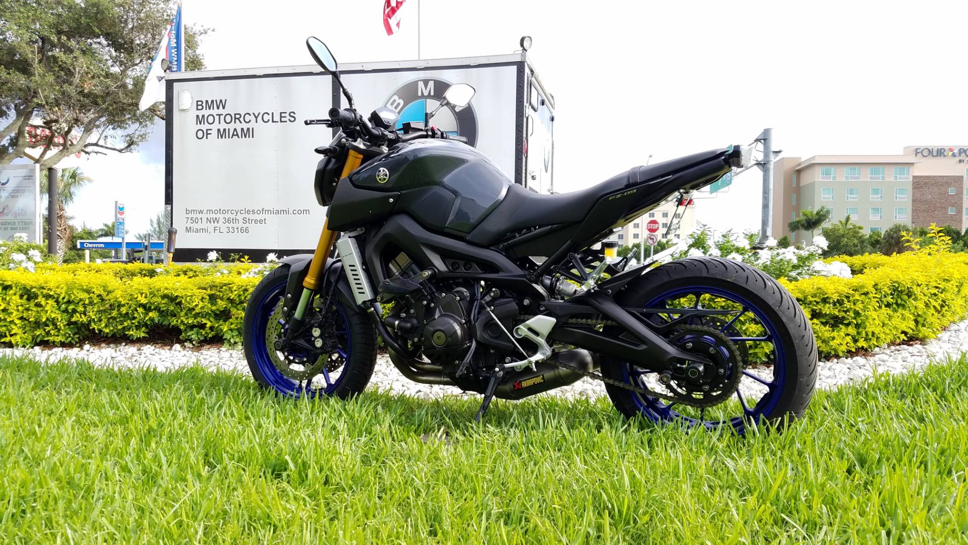 2014 Yamaha FZ-09 7