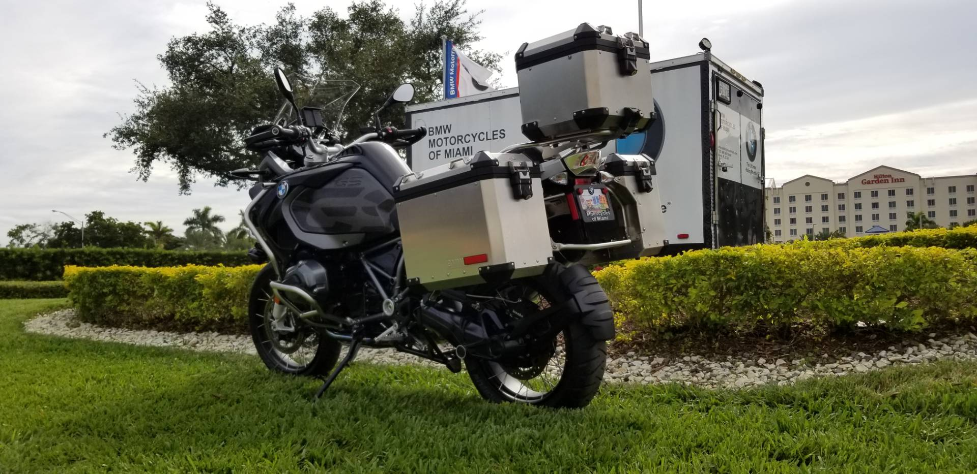 Used 2017 BMW R 1200 GSA for sale, Pre-owned BMW R1200GSA for sale, BMW Motorcycle Adventure, used BMW Adventure triple black, BMW Motorcycles of Miami, Motorcycles of Miami, Motorcycles Miami, New Motorcycles, Used Motorcycles, pre-owned. #BMWMotorcyclesOfMiami #MotorcyclesOfMiami - Photo 9
