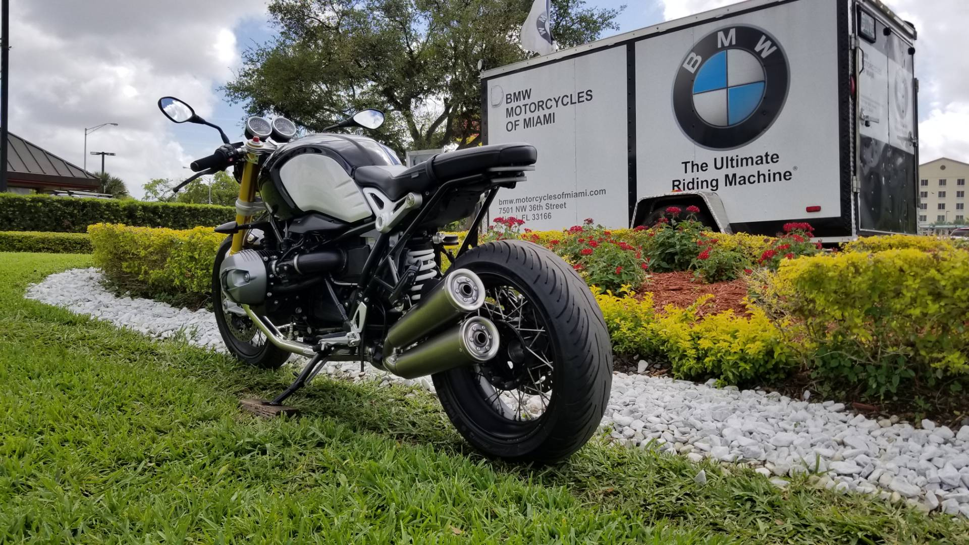 Used 2017 BMW R nine T For Sale, Pre owned BMW R nineT For Sale, BMW Motorcycle RnineT, BMW Motorcycles of Miami, Motorcycles of Miami, Motorcycles Miami - Photo 10