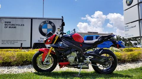 2018 BMW S 1000 R in Miami, Florida