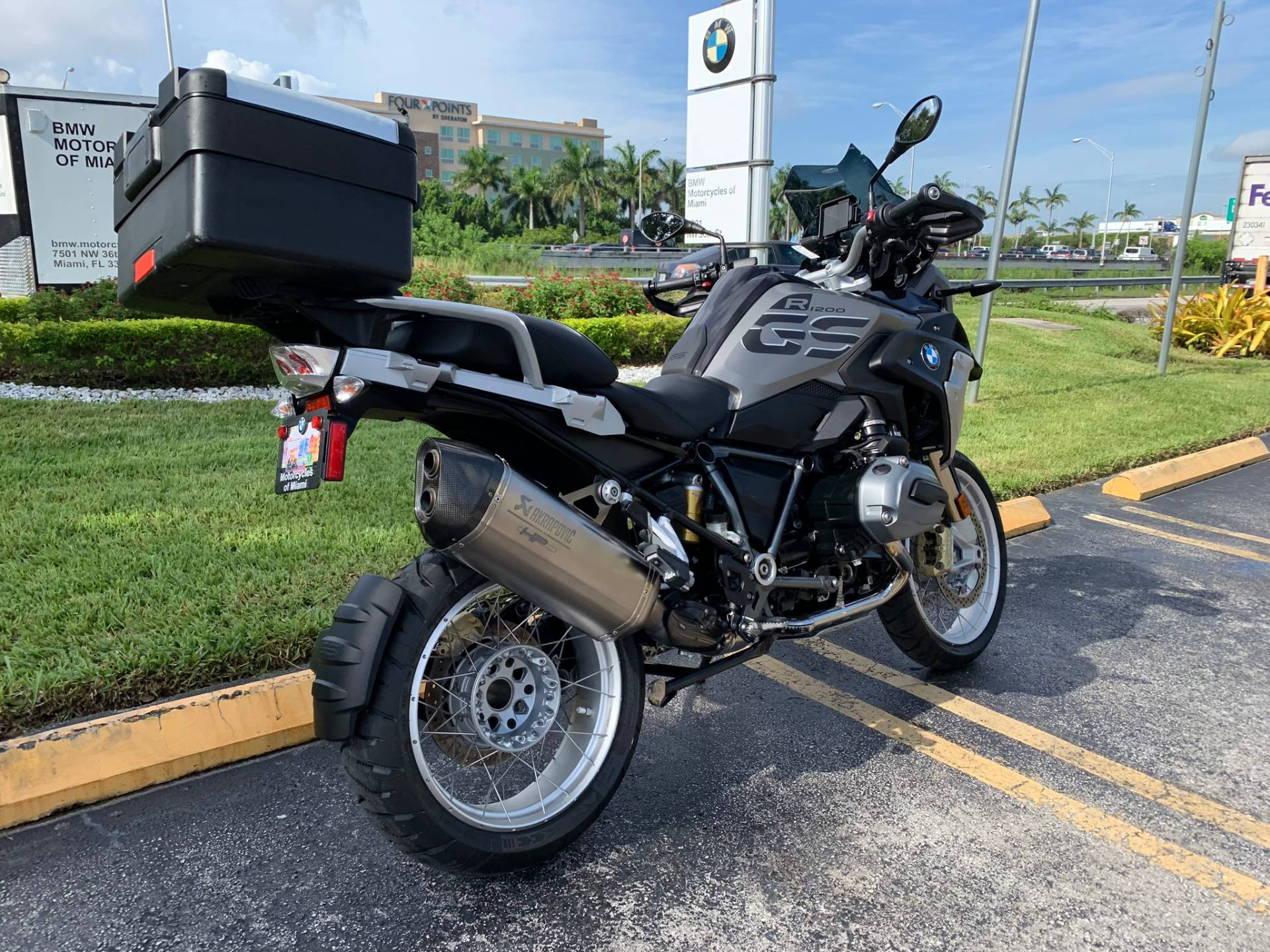 Used 2018 BMW R 1200 GS for sale, BMW R 1200GS for sale, BMW Motorcycle R1200GS, used BMW 1200GS, DUAL, GSA, BMW. BMW Motorcycles of Miami, Motorcycles of Miami, Motorcycles Miami, New Motorcycles, Used Motorcycles, pre-owned. #BMWMotorcyclesOfMiami #MotorcyclesOfMiami. - Photo 12