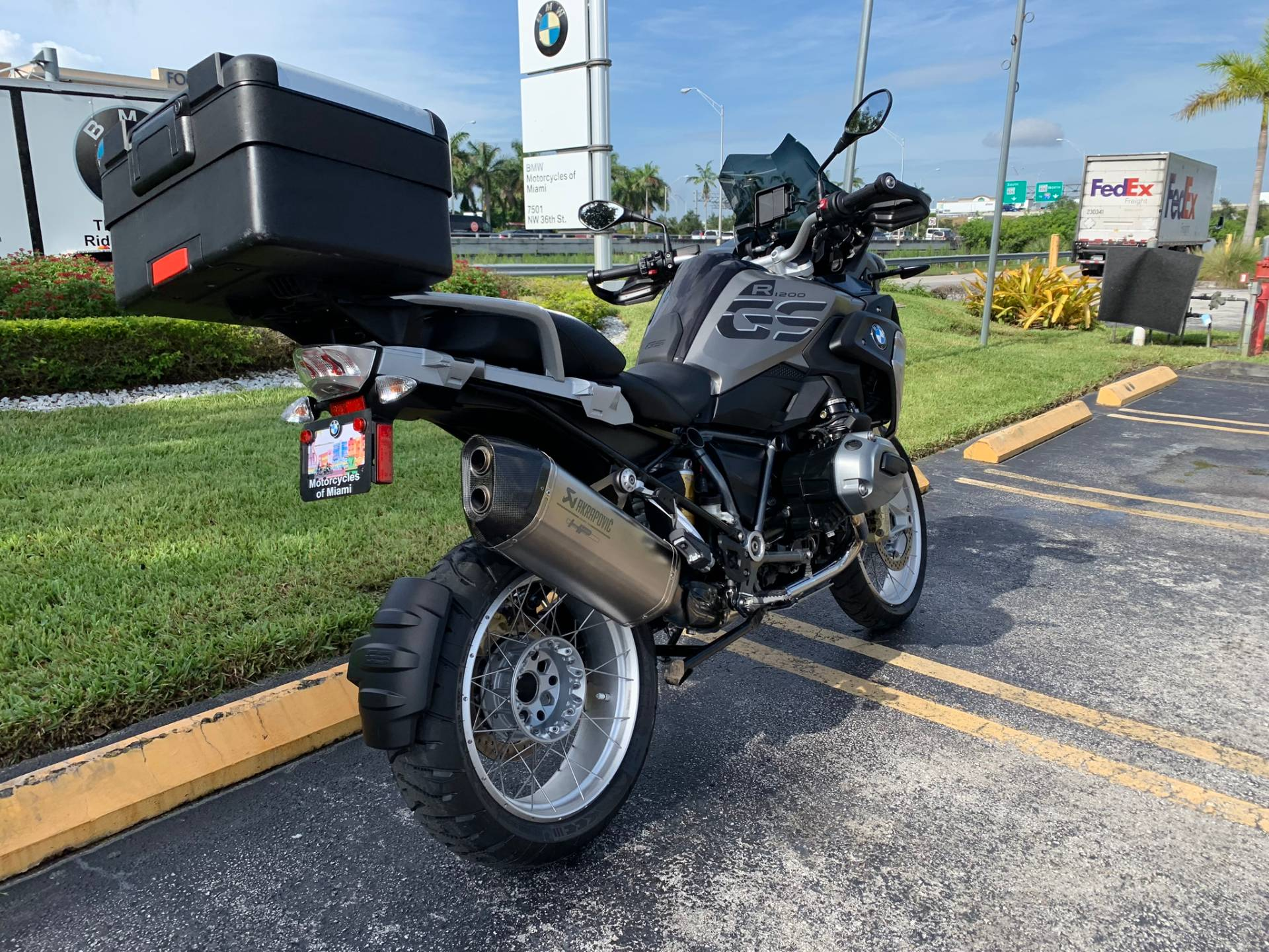 Used 2018 BMW R 1200 GS for sale, BMW R 1200GS for sale, BMW Motorcycle R1200GS, used BMW 1200GS, DUAL, GSA, BMW. BMW Motorcycles of Miami, Motorcycles of Miami, Motorcycles Miami, New Motorcycles, Used Motorcycles, pre-owned. #BMWMotorcyclesOfMiami #MotorcyclesOfMiami. - Photo 13