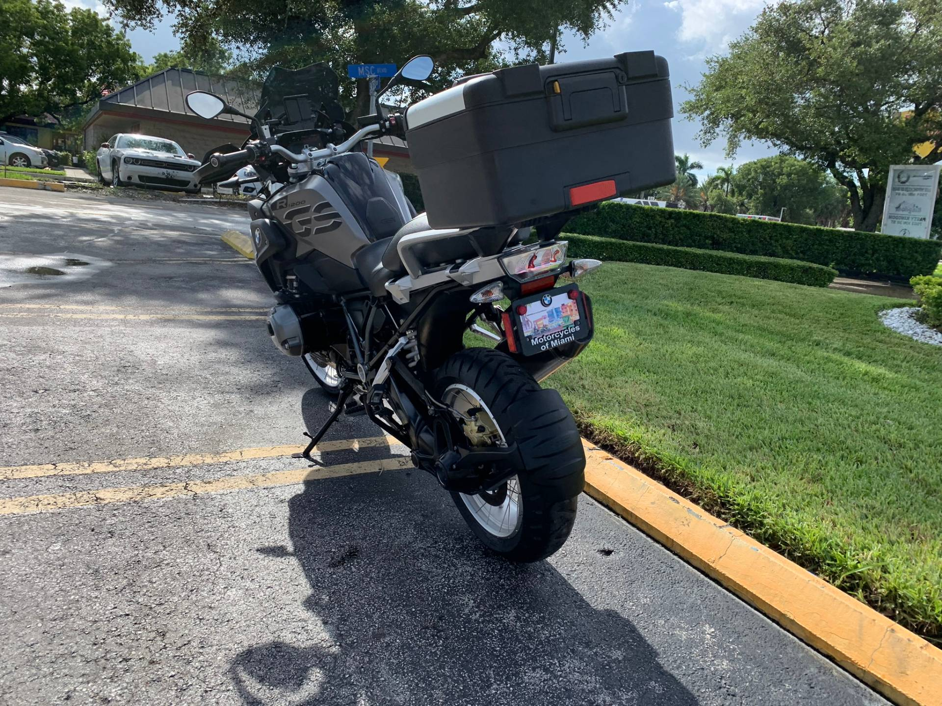 Used 2018 BMW R 1200 GS for sale, BMW R 1200GS for sale, BMW Motorcycle R1200GS, used BMW 1200GS, DUAL, GSA, BMW. BMW Motorcycles of Miami, Motorcycles of Miami, Motorcycles Miami, New Motorcycles, Used Motorcycles, pre-owned. #BMWMotorcyclesOfMiami #MotorcyclesOfMiami. - Photo 24