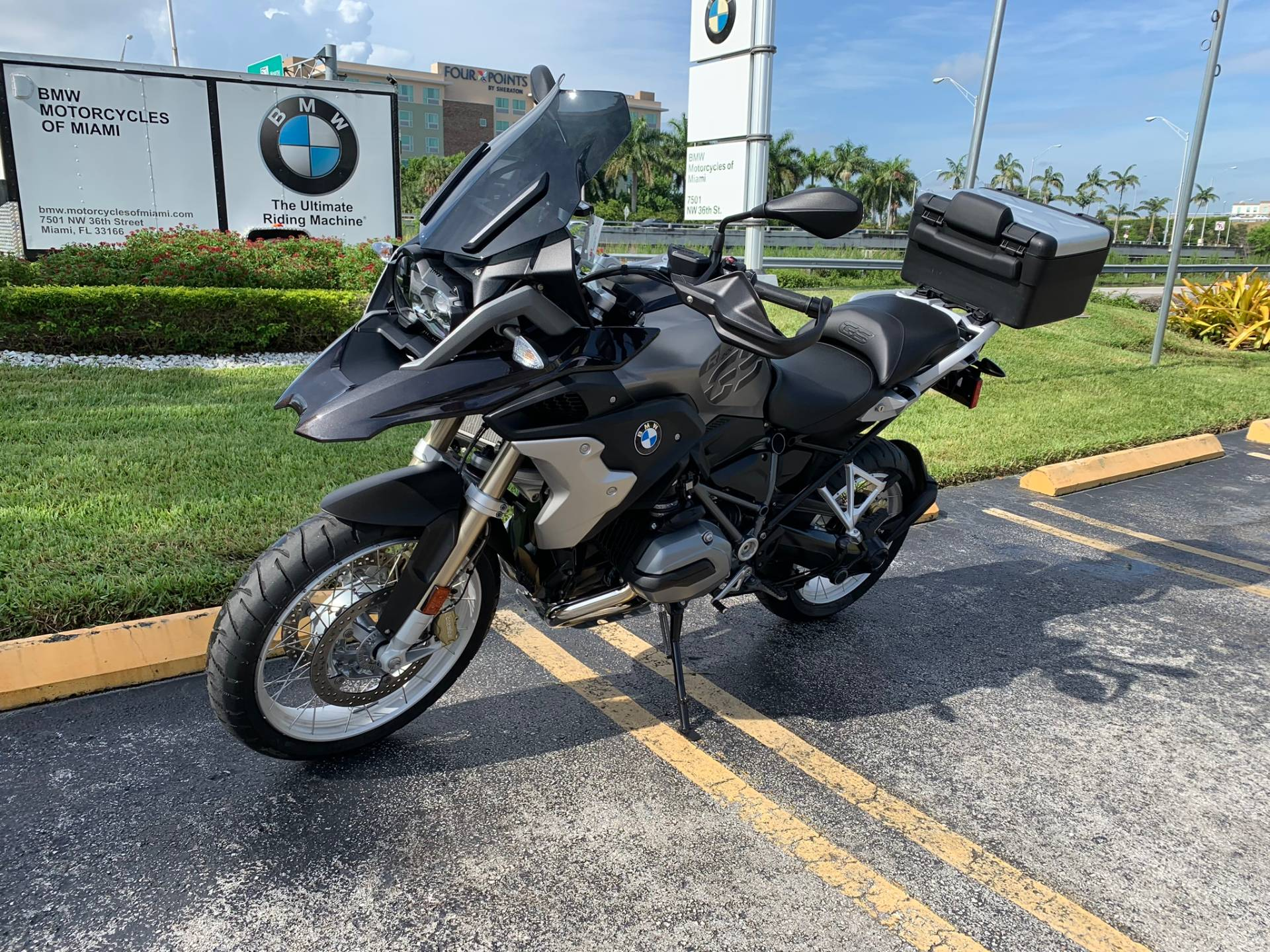 Used 2018 BMW R 1200 GS for sale, BMW R 1200GS for sale, BMW Motorcycle R1200GS, used BMW 1200GS, DUAL, GSA, BMW. BMW Motorcycles of Miami, Motorcycles of Miami, Motorcycles Miami, New Motorcycles, Used Motorcycles, pre-owned. #BMWMotorcyclesOfMiami #MotorcyclesOfMiami. - Photo 32