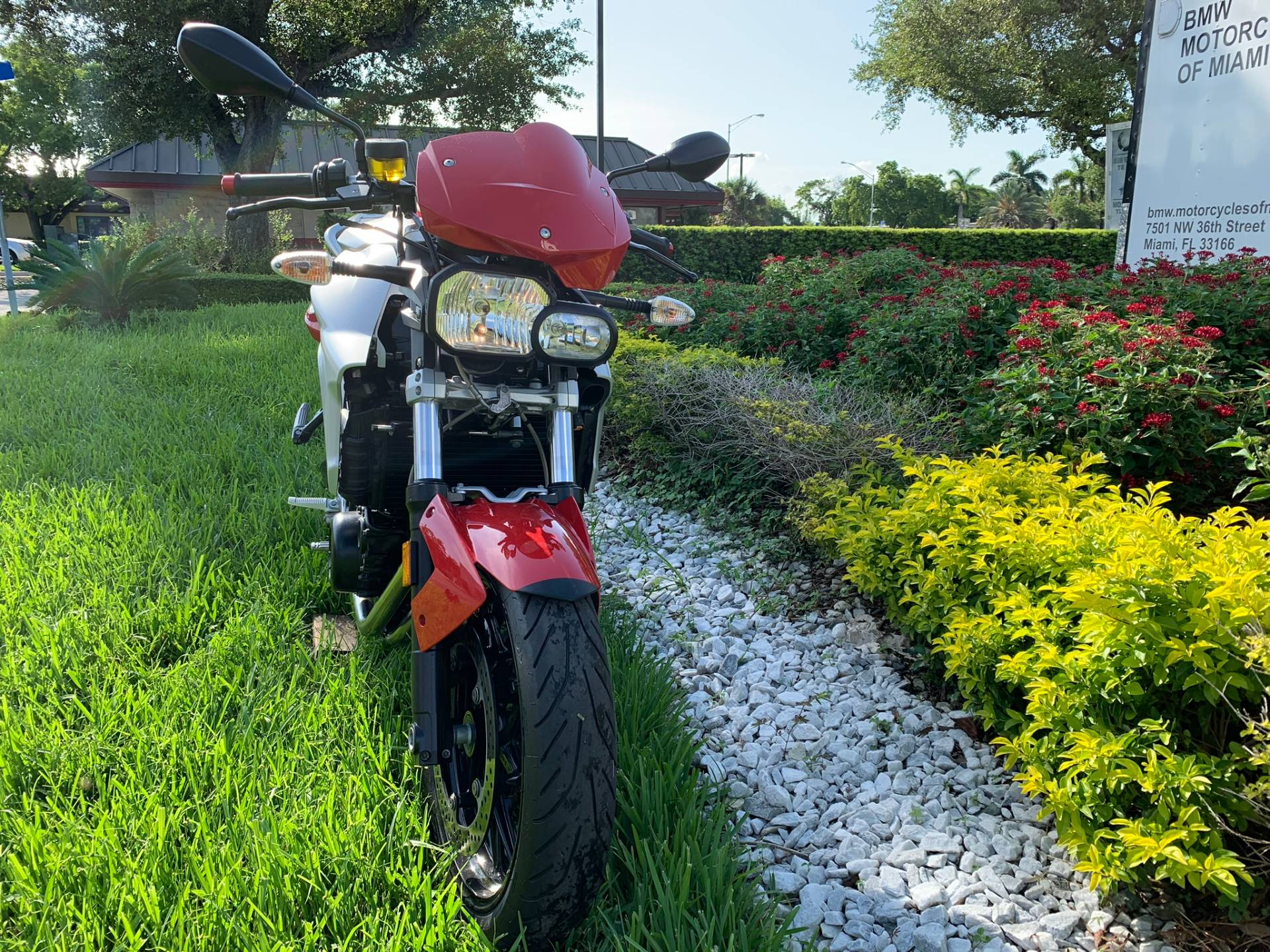 Used 2012 BMW F 800 R for sale, BMW F 800R for sale, BMW Motorcycle F800R, used BMW Roaster, Naked, 800, BMW. BMW Motorcycles of Miami, Motorcycles of Miami, Motorcycles Miami, New Motorcycles, Used Motorcycles, pre-owned. #BMWMotorcyclesOfMiami #MotorcyclesOfMiami. - Photo 30