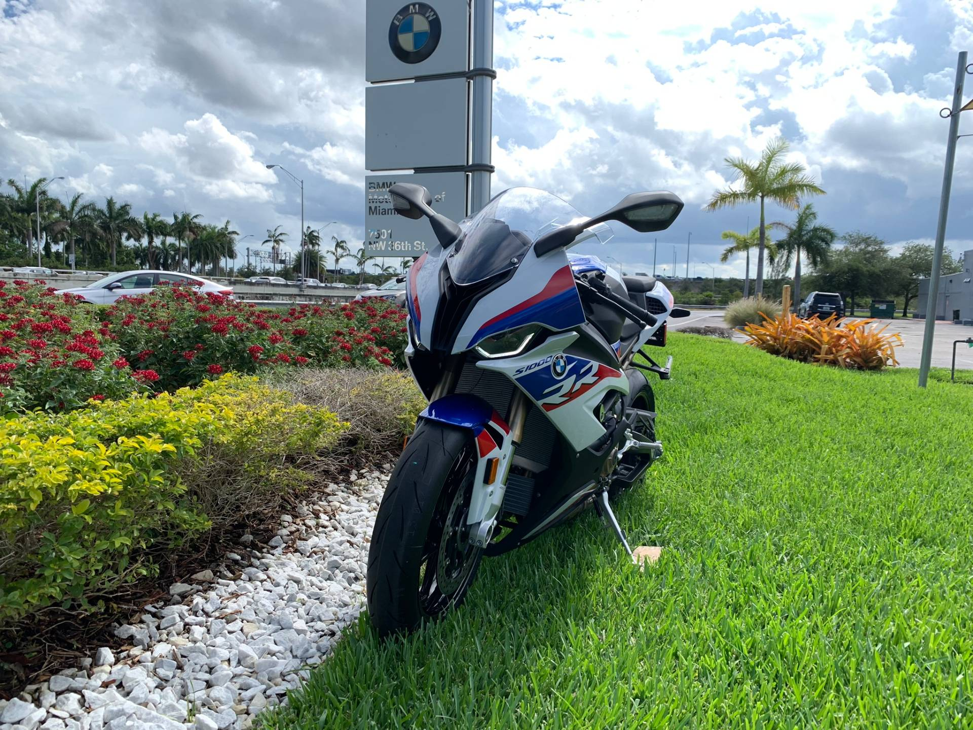 New 2020 BMW S 1000 RR for sale, BMW S 1000RR for sale, BMW Motorcycle S1000RR, new BMW RR, Sport. BMW Motorcycles of Miami, Motorcycles of Miami, Motorcycles Miami, New Motorcycles, Used Motorcycles, pre-owned. #BMWMotorcyclesOfMiami #MotorcyclesOfMiami #MotorcyclesMiami - Photo 3