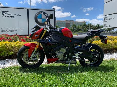 New 2019 BMW S 1000 R for sale, BMW S 1000R for sale, BMW Motorcycle S1000R, new BMW R, Sport, roadster, naked. BMW Motorcycles of Miami, Motorcycles of Miami, Motorcycles Miami, New Motorcycles, Used Motorcycles, pre-owned. #BMWMotorcyclesOfMiami #MotorcyclesOfMiami #MotorcyclesMiami - Photo 7