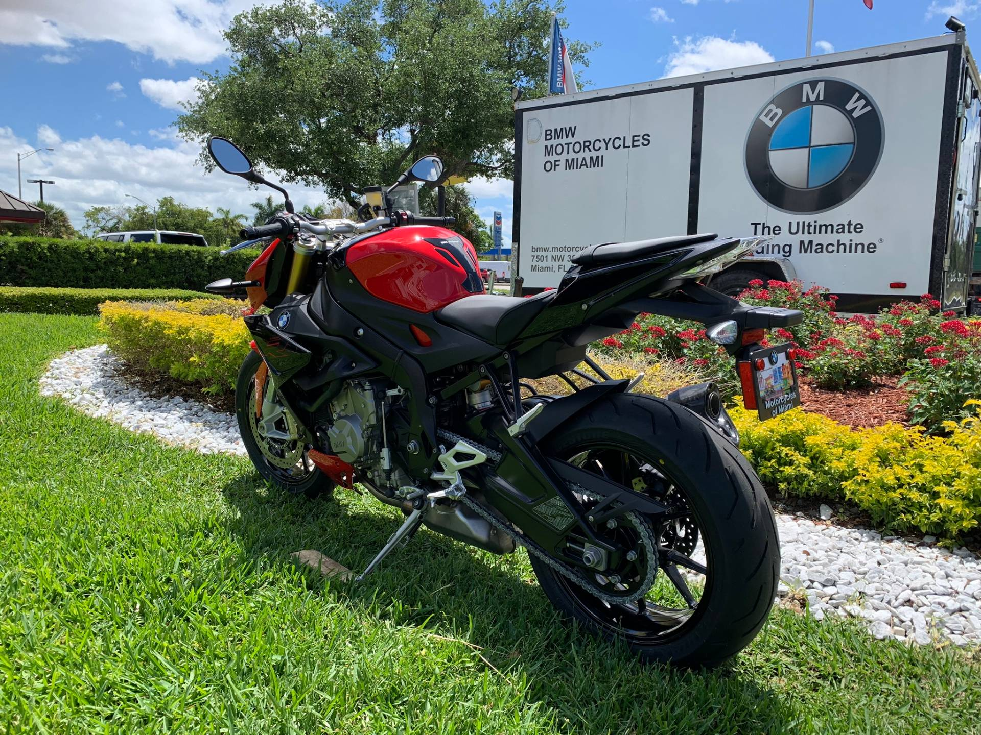 New 2019 BMW S 1000 R for sale, BMW S 1000R for sale, BMW Motorcycle S1000R, new BMW R, Sport, roadster, naked. BMW Motorcycles of Miami, Motorcycles of Miami, Motorcycles Miami, New Motorcycles, Used Motorcycles, pre-owned. #BMWMotorcyclesOfMiami #MotorcyclesOfMiami #MotorcyclesMiami - Photo 10