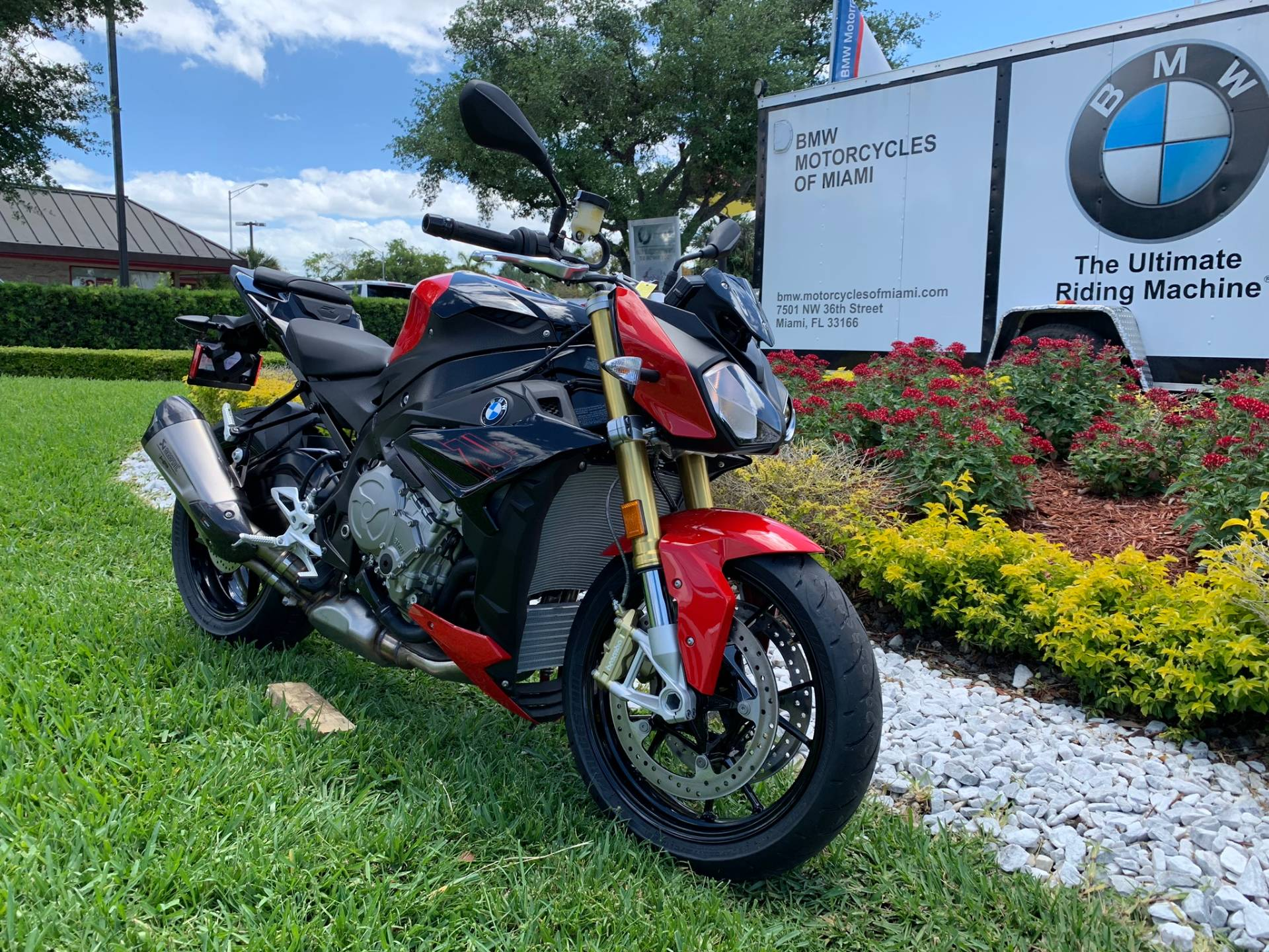 New 2019 BMW S 1000 R for sale, BMW S 1000R for sale, BMW Motorcycle S1000R, new BMW R, Sport, roadster, naked. BMW Motorcycles of Miami, Motorcycles of Miami, Motorcycles Miami, New Motorcycles, Used Motorcycles, pre-owned. #BMWMotorcyclesOfMiami #MotorcyclesOfMiami #MotorcyclesMiami - Photo 1