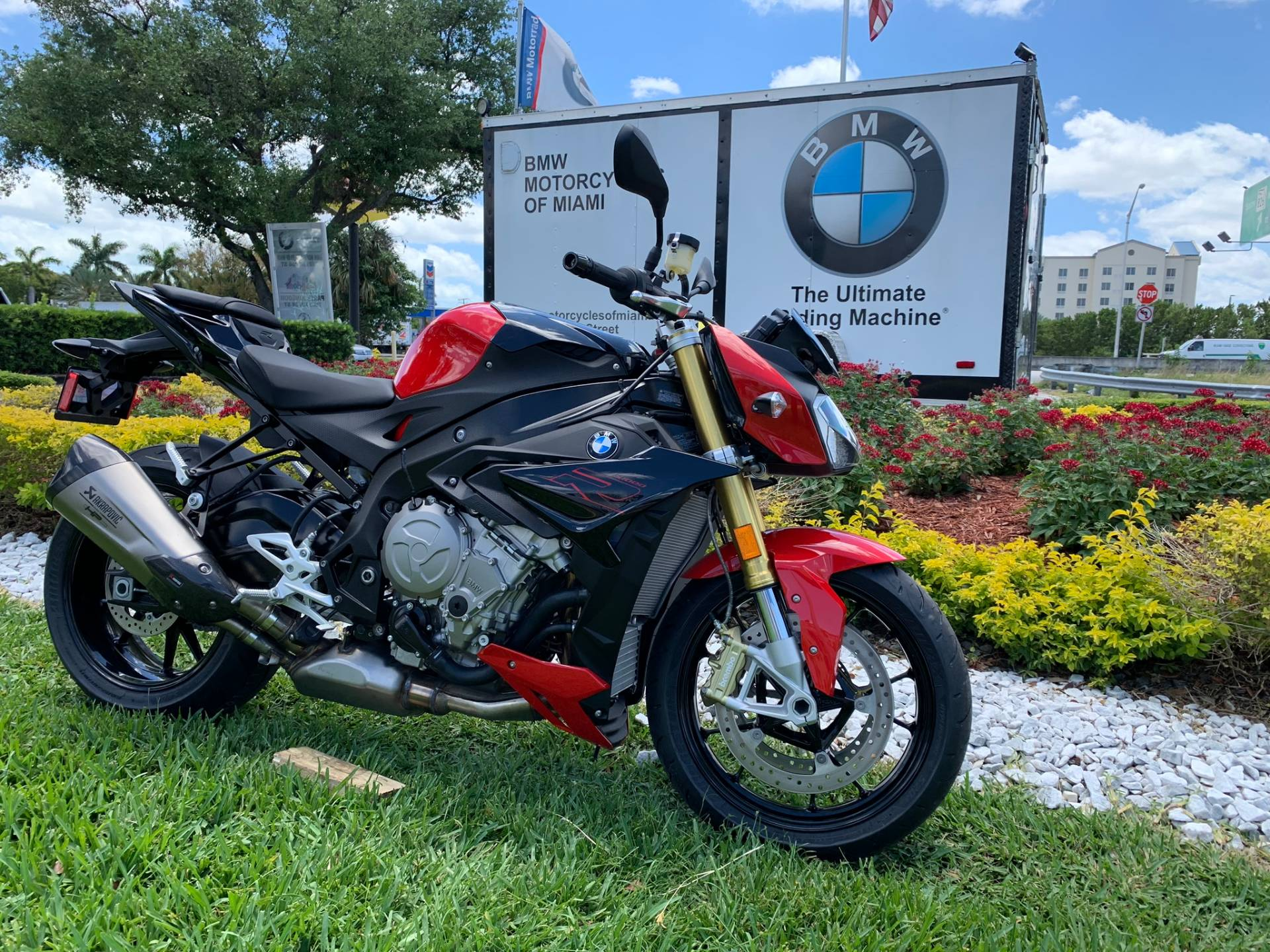 New 2019 BMW S 1000 R for sale, BMW S 1000R for sale, BMW Motorcycle S1000R, new BMW R, Sport, roadster, naked. BMW Motorcycles of Miami, Motorcycles of Miami, Motorcycles Miami, New Motorcycles, Used Motorcycles, pre-owned. #BMWMotorcyclesOfMiami #MotorcyclesOfMiami #MotorcyclesMiami - Photo 19