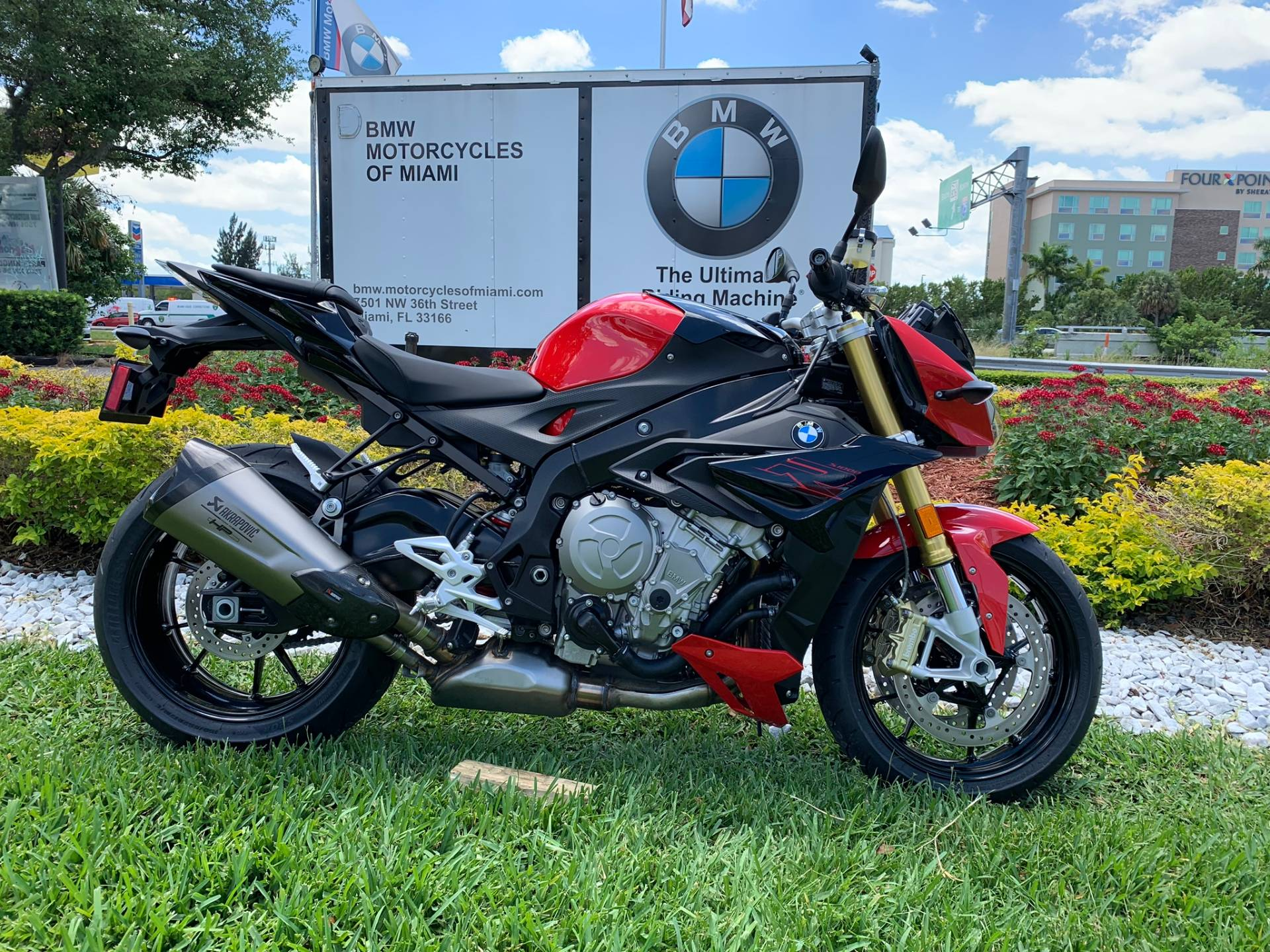 New 2019 BMW S 1000 R for sale, BMW S 1000R for sale, BMW Motorcycle S1000R, new BMW R, Sport, roadster, naked. BMW Motorcycles of Miami, Motorcycles of Miami, Motorcycles Miami, New Motorcycles, Used Motorcycles, pre-owned. #BMWMotorcyclesOfMiami #MotorcyclesOfMiami #MotorcyclesMiami - Photo 20