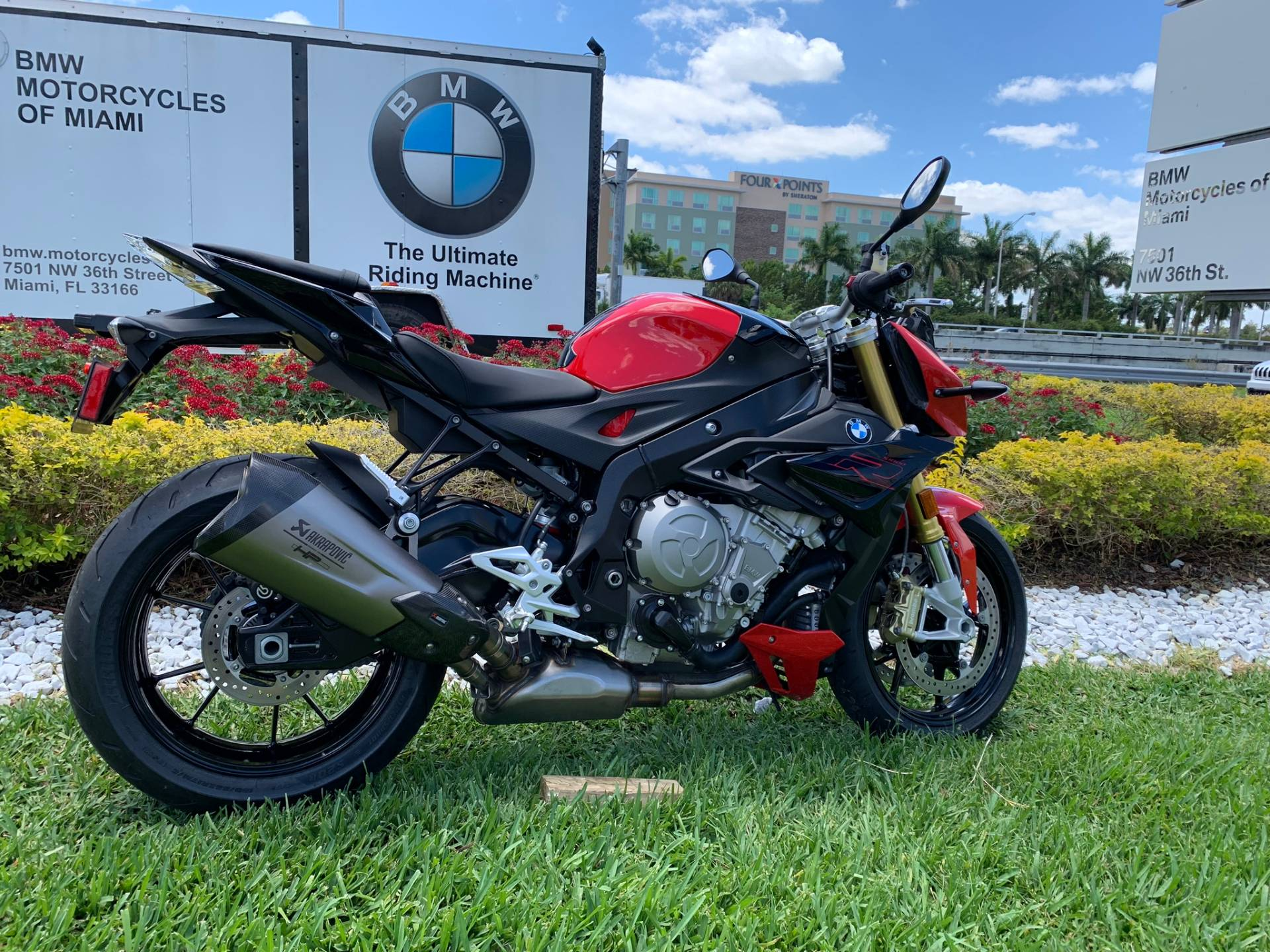 New 2019 BMW S 1000 R for sale, BMW S 1000R for sale, BMW Motorcycle S1000R, new BMW R, Sport, roadster, naked. BMW Motorcycles of Miami, Motorcycles of Miami, Motorcycles Miami, New Motorcycles, Used Motorcycles, pre-owned. #BMWMotorcyclesOfMiami #MotorcyclesOfMiami #MotorcyclesMiami - Photo 21