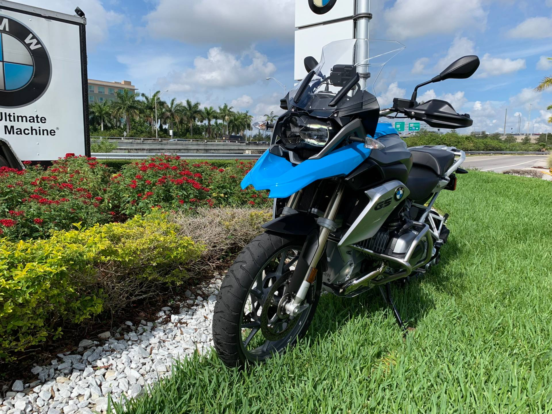 Used 2014 BMW R 1200 GS for sale, Pre-owned BMW R1200GS for sale, BMW Motorcycle Adventure, used BMW GS Fire Blue, BMW Motorcycles of Miami, Motorcycles of Miami, Motorcycles Miami, New Motorcycles, Used Motorcycles, pre-owned. #BMWMotorcyclesOfMiami #MotorcyclesOfMiami - Photo 4