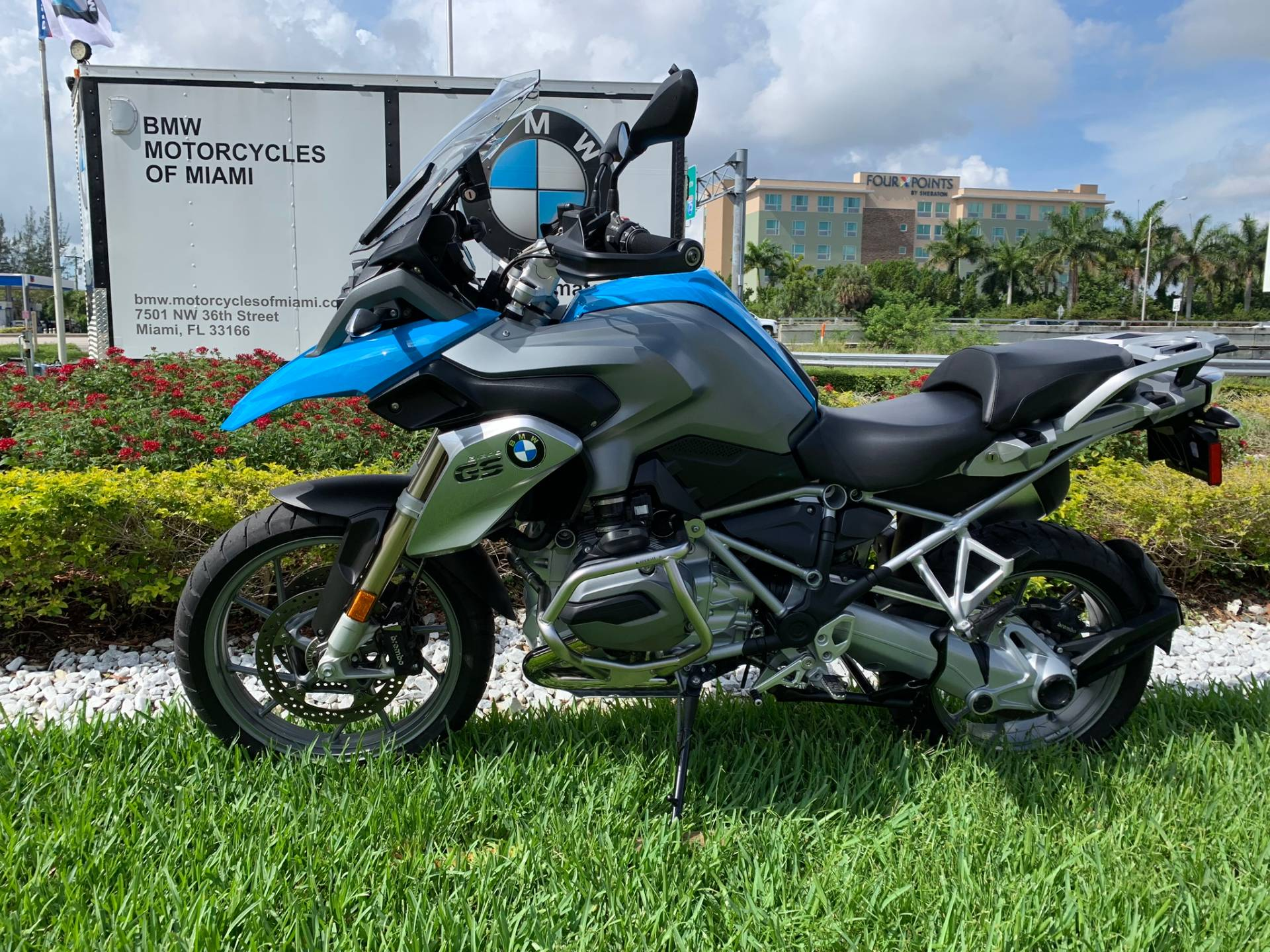 Used 2014 BMW R 1200 GS for sale, Pre-owned BMW R1200GS for sale, BMW Motorcycle Adventure, used BMW GS Fire Blue, BMW Motorcycles of Miami, Motorcycles of Miami, Motorcycles Miami, New Motorcycles, Used Motorcycles, pre-owned. #BMWMotorcyclesOfMiami #MotorcyclesOfMiami - Photo 8