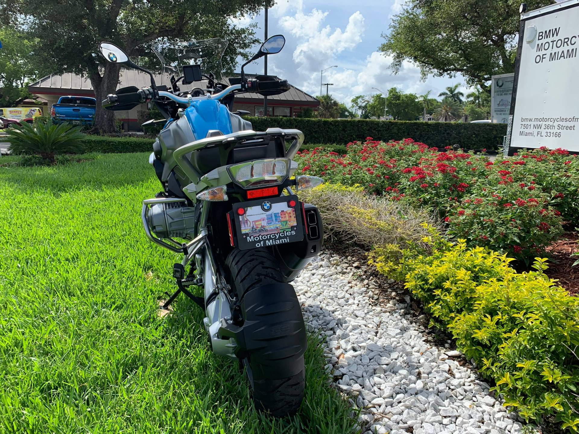 Used 2014 BMW R 1200 GS for sale, Pre-owned BMW R1200GS for sale, BMW Motorcycle Adventure, used BMW GS Fire Blue, BMW Motorcycles of Miami, Motorcycles of Miami, Motorcycles Miami, New Motorcycles, Used Motorcycles, pre-owned. #BMWMotorcyclesOfMiami #MotorcyclesOfMiami - Photo 14