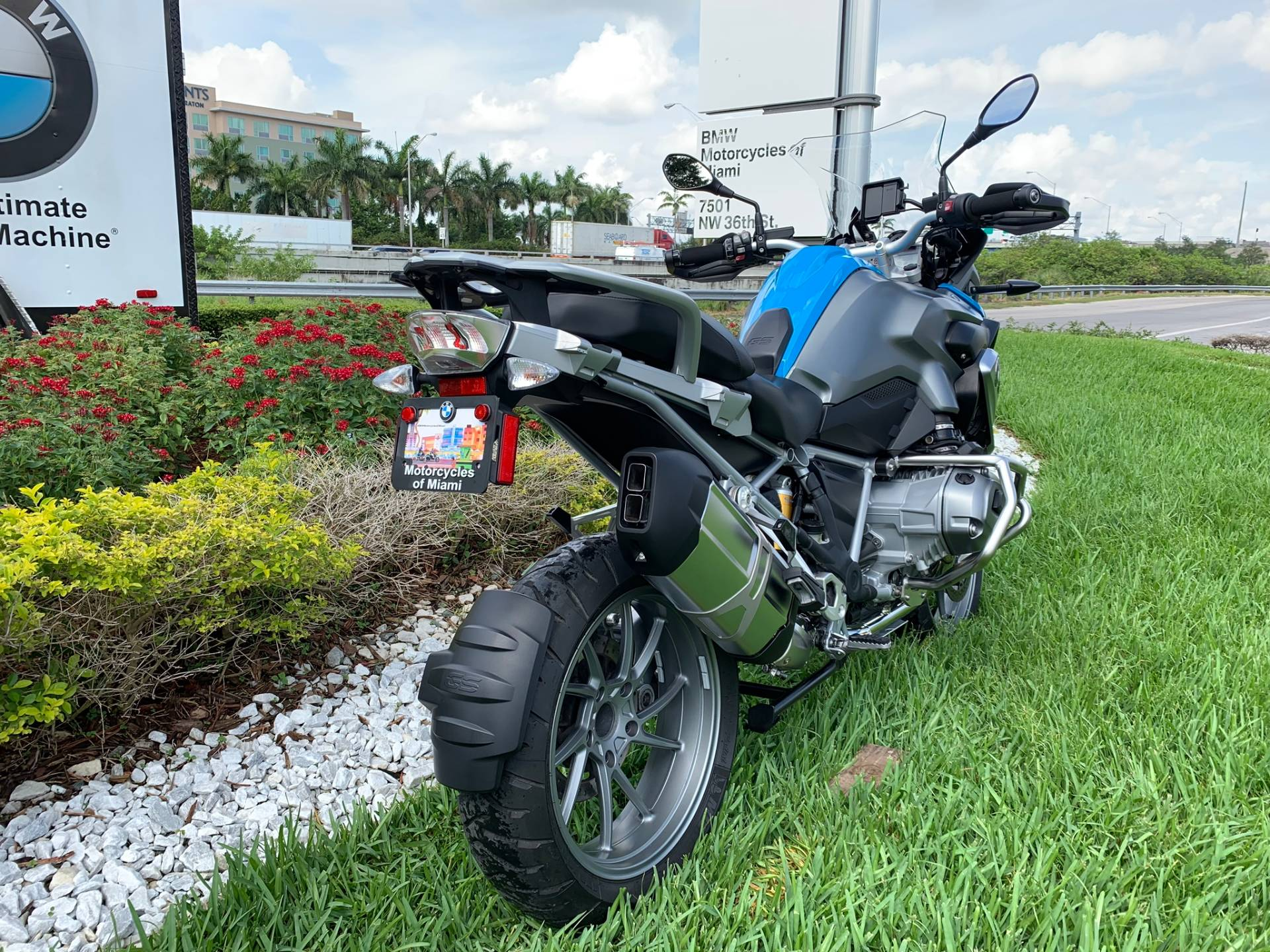 Used 2014 BMW R 1200 GS for sale, Pre-owned BMW R1200GS for sale, BMW Motorcycle Adventure, used BMW GS Fire Blue, BMW Motorcycles of Miami, Motorcycles of Miami, Motorcycles Miami, New Motorcycles, Used Motorcycles, pre-owned. #BMWMotorcyclesOfMiami #MotorcyclesOfMiami - Photo 21