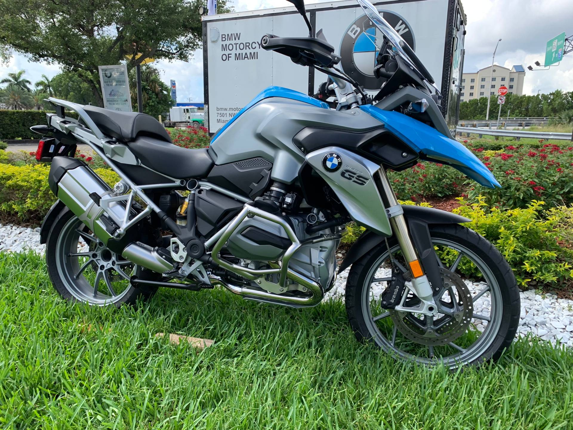 Used 2014 BMW R 1200 GS for sale, Pre-owned BMW R1200GS for sale, BMW Motorcycle Adventure, used BMW GS Fire Blue, BMW Motorcycles of Miami, Motorcycles of Miami, Motorcycles Miami, New Motorcycles, Used Motorcycles, pre-owned. #BMWMotorcyclesOfMiami #MotorcyclesOfMiami - Photo 26