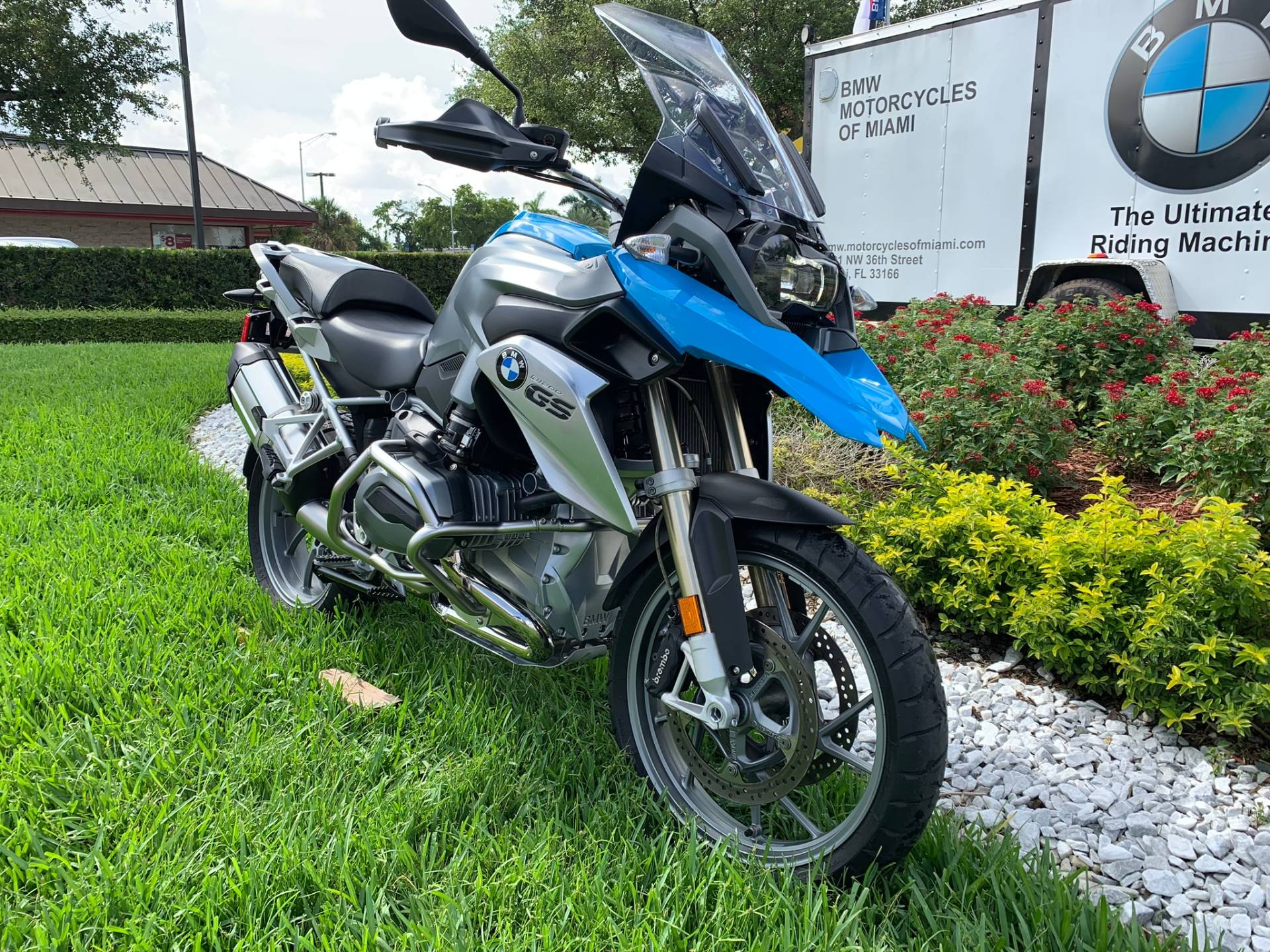 Used 2014 BMW R 1200 GS for sale, Pre-owned BMW R1200GS for sale, BMW Motorcycle Adventure, used BMW GS Fire Blue, BMW Motorcycles of Miami, Motorcycles of Miami, Motorcycles Miami, New Motorcycles, Used Motorcycles, pre-owned. #BMWMotorcyclesOfMiami #MotorcyclesOfMiami - Photo 28