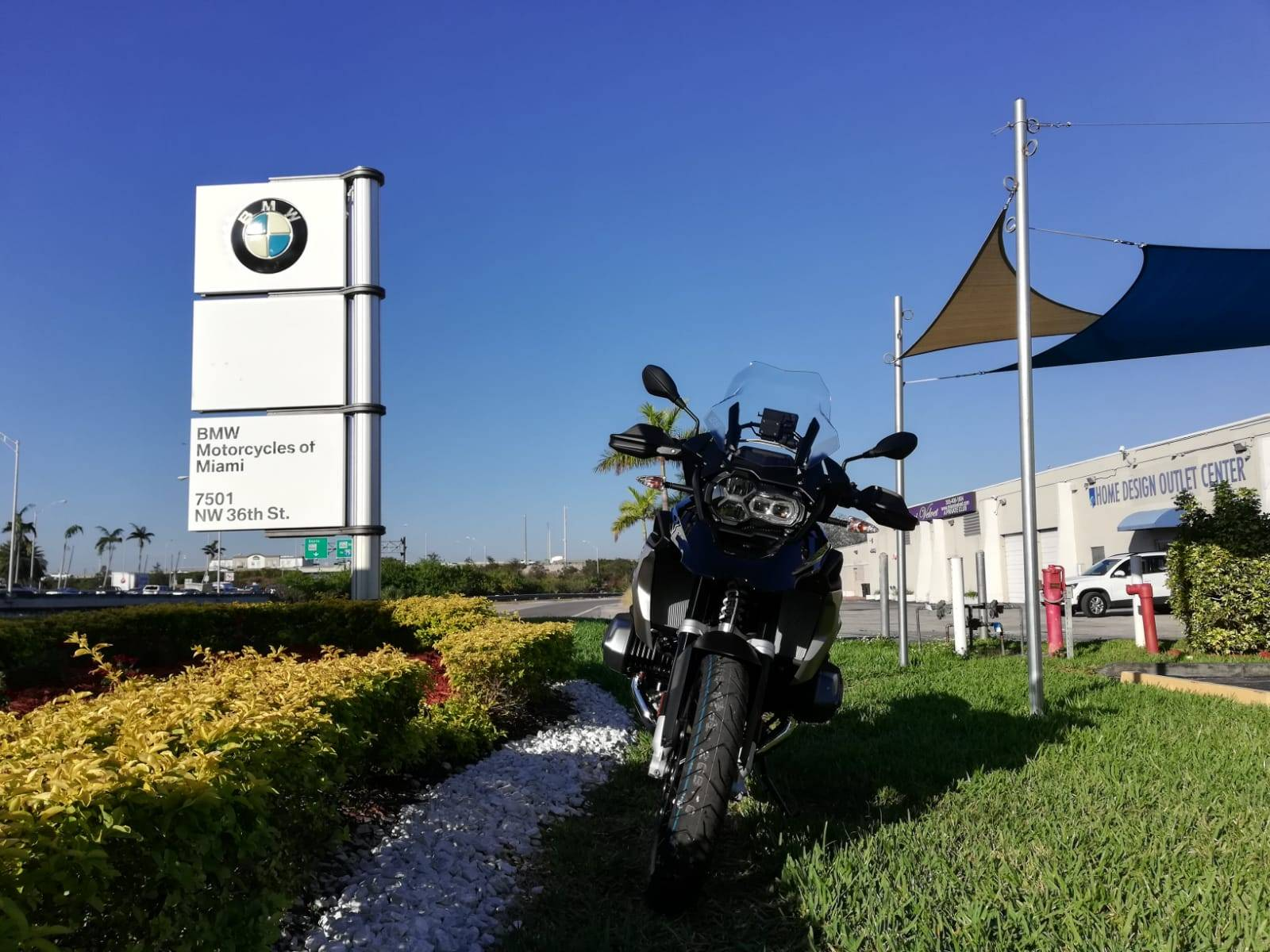 New 2019 BMW R 1250 GS for sale, BMW R 1250GS for sale, BMW Motorcycle GS, new BMW GS, Spirit of GS, BMW Motorcycles of Miami, Motorcycles of Miami, Motorcycles Miami, New Motorcycles, Used Motorcycles, pre-owned. #BMWMotorcyclesOfMiami #MotorcyclesOfMiami. - Photo 3