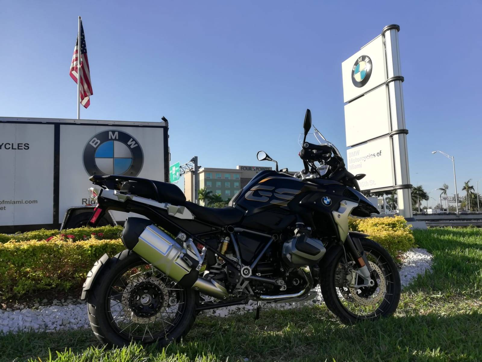 New 2019 BMW R 1250 GS for sale, BMW R 1250GS for sale, BMW Motorcycle GS, new BMW GS, Spirit of GS, BMW Motorcycles of Miami, Motorcycles of Miami, Motorcycles Miami, New Motorcycles, Used Motorcycles, pre-owned. #BMWMotorcyclesOfMiami #MotorcyclesOfMiami. - Photo 12
