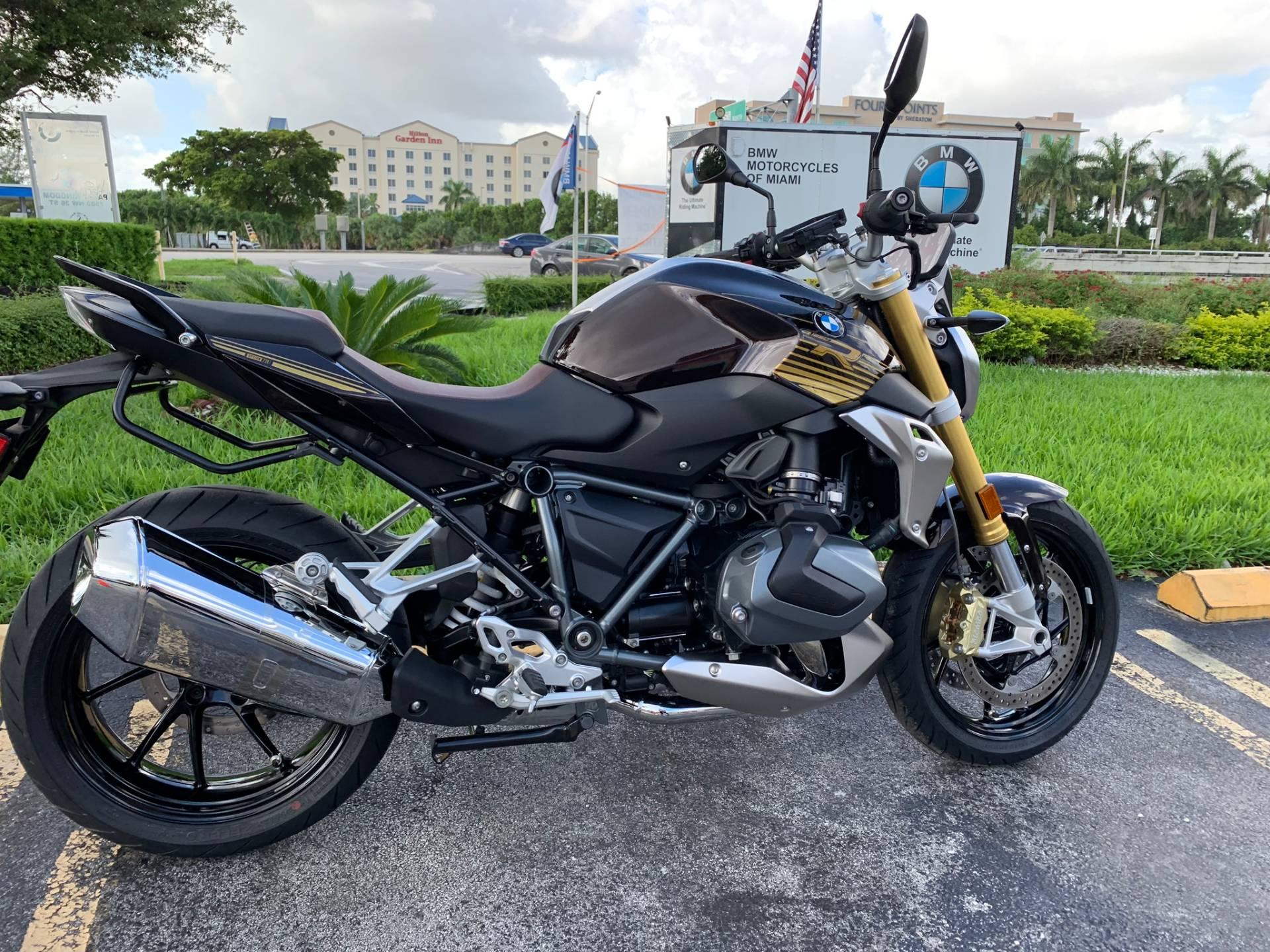 2020 BMW R 1250 R in Miami, Florida