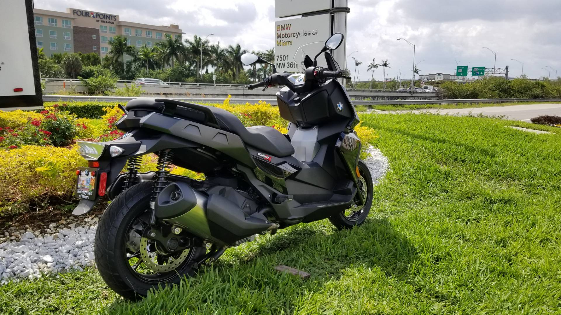New 2019 BMW C 400 X for sale, BMW C 400X for sale, BMW Scooter, new BMW Scooter, C400X, BMW Motorcycles of Miami, Motorcycles of Miami, Motorcycles Miami, New Motorcycles, Used Motorcycles, pre-owned. #BMWMotorcyclesOfMiami #MotorcyclesOfMiami #MotorcyclesMiami - Photo 15