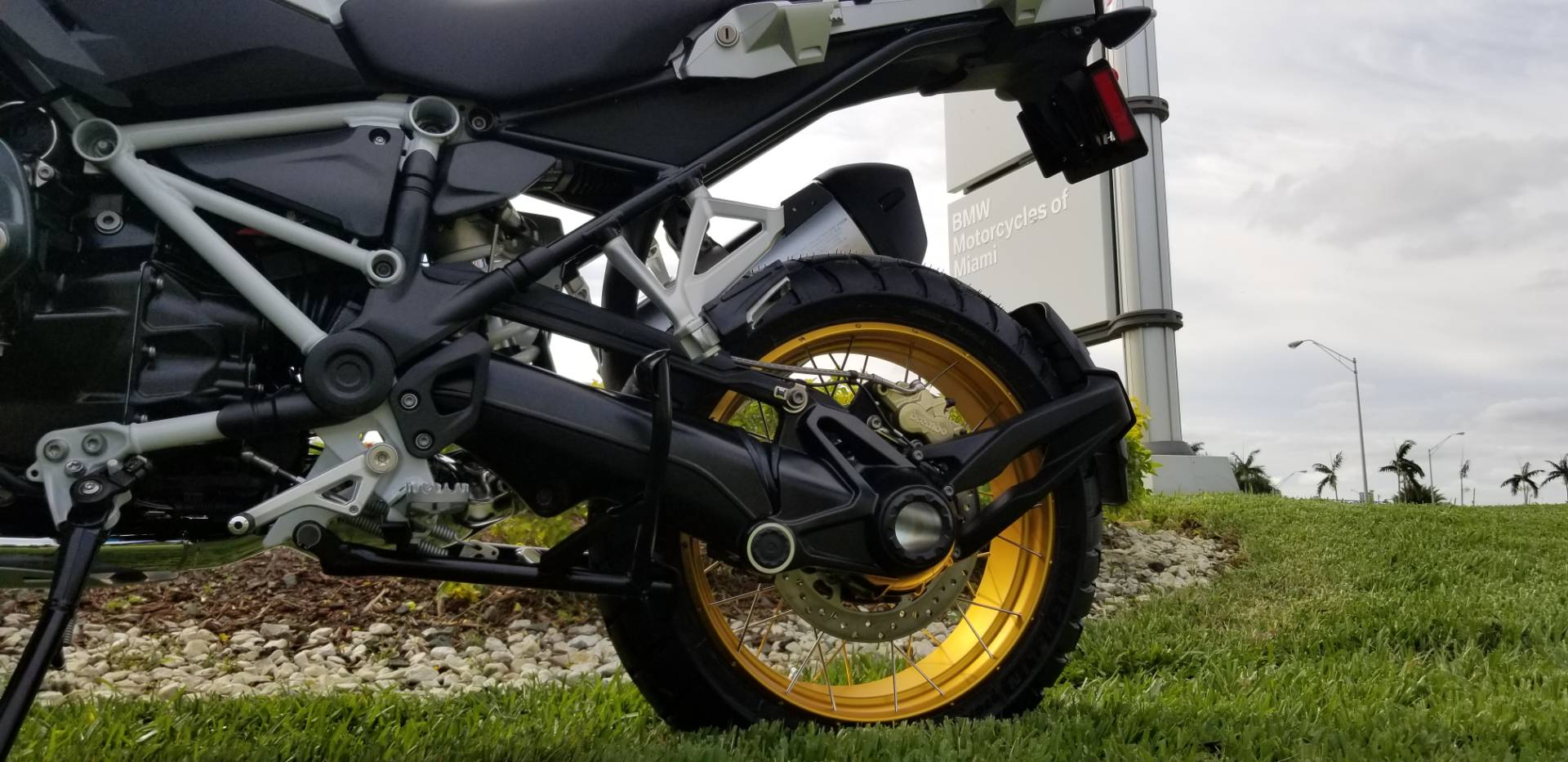 New 2019 BMW R 1250 GS for sale, New BMW for sale R 1250GS, New BMW Motorcycle R1250GS for sale, new BMW 1250GS, R1250GS, GS. BMW Motorcycles of Miami, Motorcycles of Miami, Motorcycles Miami, New Motorcycles, Used Motorcycles, pre-owned. #BMWMotorcyclesOfMiami #MotorcyclesOfMiami. - Photo 19