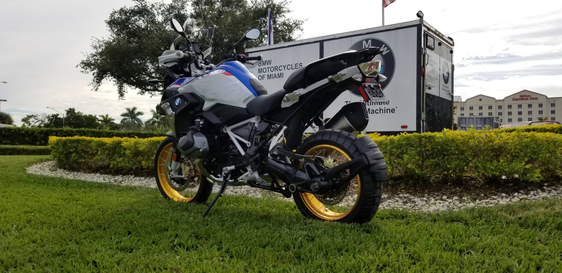 New 2019 BMW R 1250 GS for sale, New BMW for sale R 1250GS, New BMW Motorcycle R1250GS for sale, new BMW 1250GS, R1250GS, GS. BMW Motorcycles of Miami, Motorcycles of Miami, Motorcycles Miami, New Motorcycles, Used Motorcycles, pre-owned. #BMWMotorcyclesOfMiami #MotorcyclesOfMiami. - Photo 11