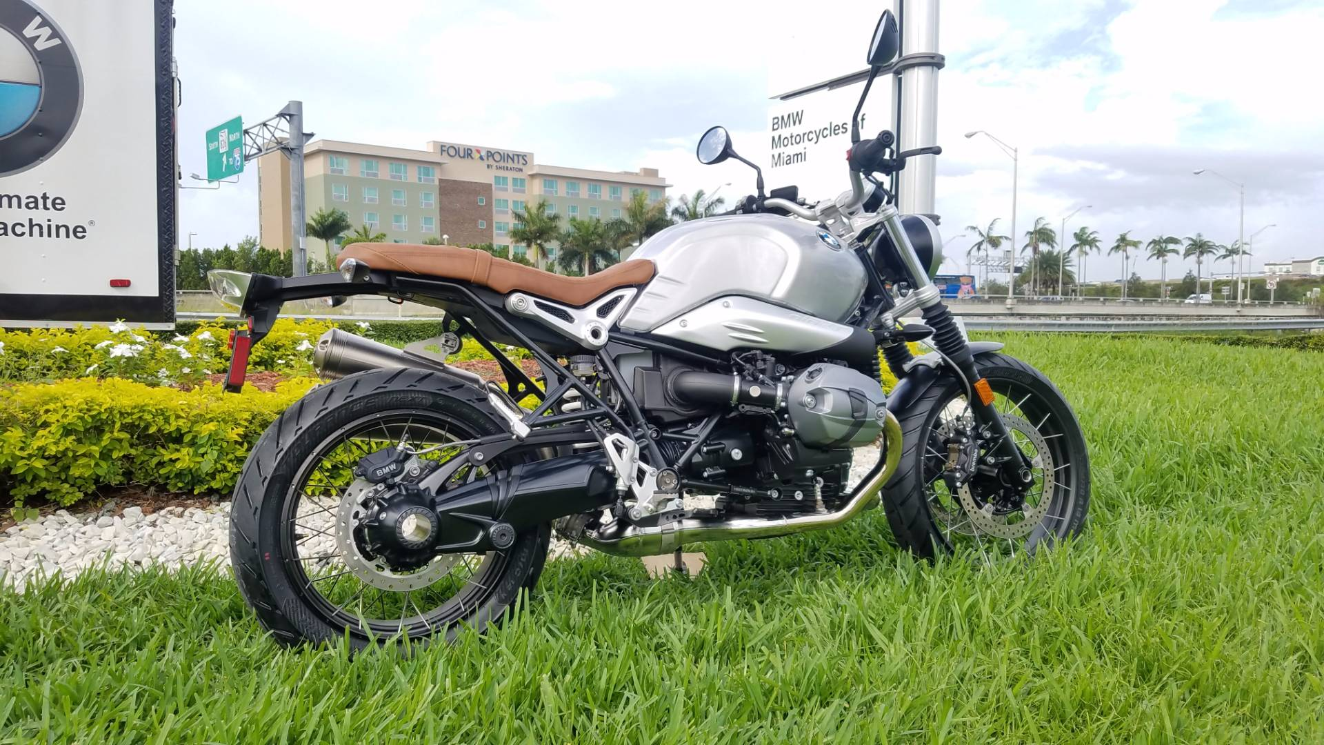 New 2017 BMW R nineT Scrambler For Sale, BMW R nineT Scrambler Brushed aluminum For Sale, BMW Motorcycle Scrambler, new BMW Scrambler, New BMW Motorcycle