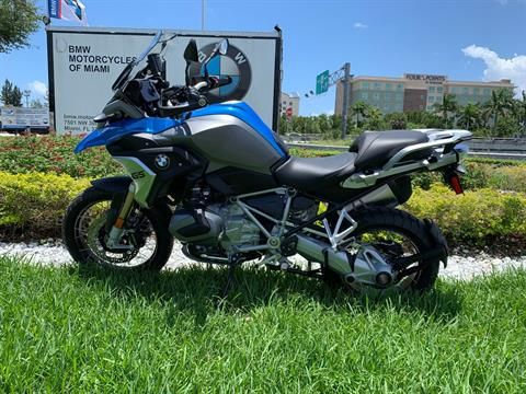 New 2019 BMW R 1250 GS for sale, BMW for sale R 1250GS, BMW Motorcycle R1250GS, new BMW 1250GS, R1250GS, BMW. BMW Motorcycles of Miami, Motorcycles of Miami, Motorcycles Miami, New Motorcycles, Used Motorcycles, pre-owned. #BMWMotorcyclesOfMiami #MotorcyclesOfMiami.