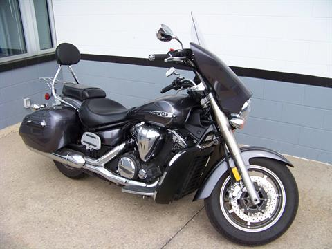 2014 Yamaha V Star 1300 Deluxe in Mount Vernon, Ohio