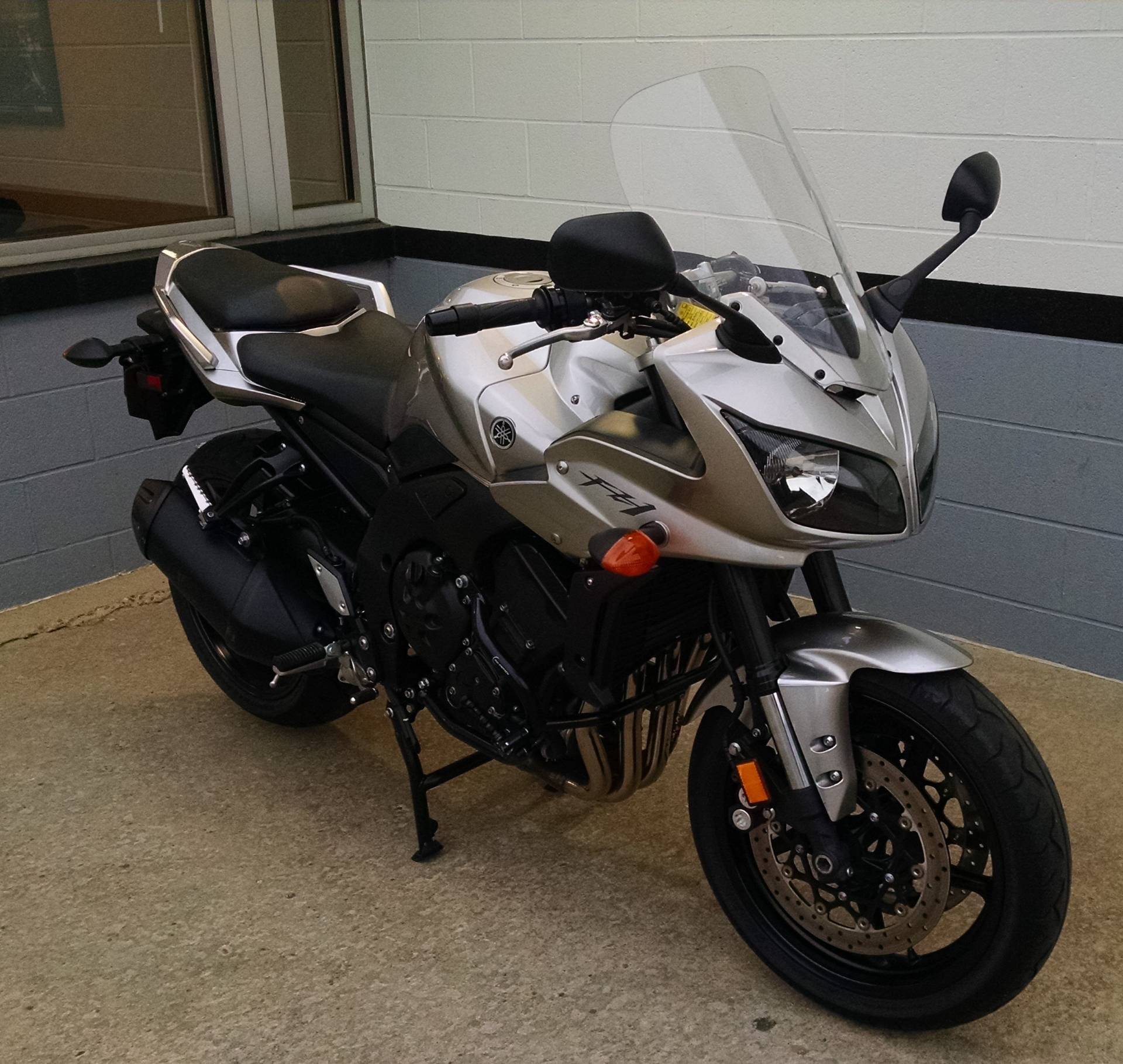 2011 Yamaha FZ1 in Mount Vernon, Ohio
