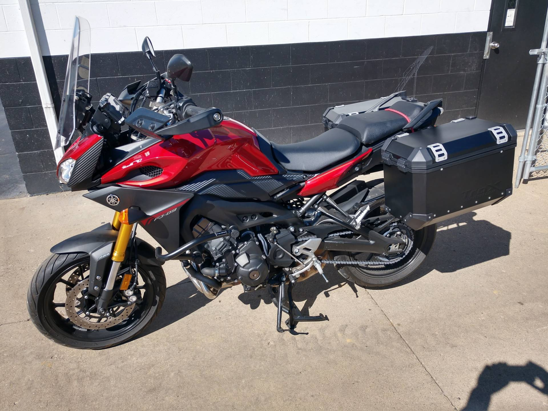 2015 Yamaha FJ-09 in Mount Vernon, Ohio