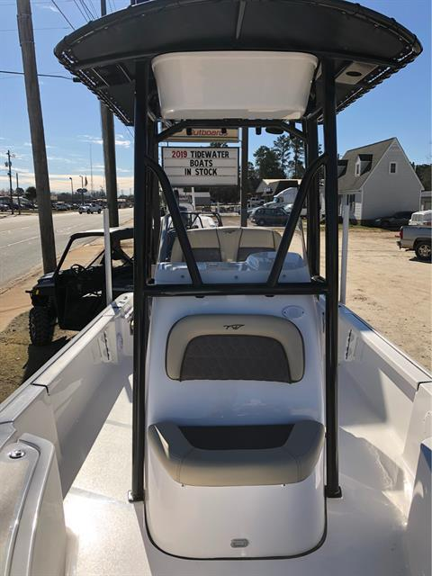 2019 TIDEWATER 2110 BAY MAX in Newberry, South Carolina