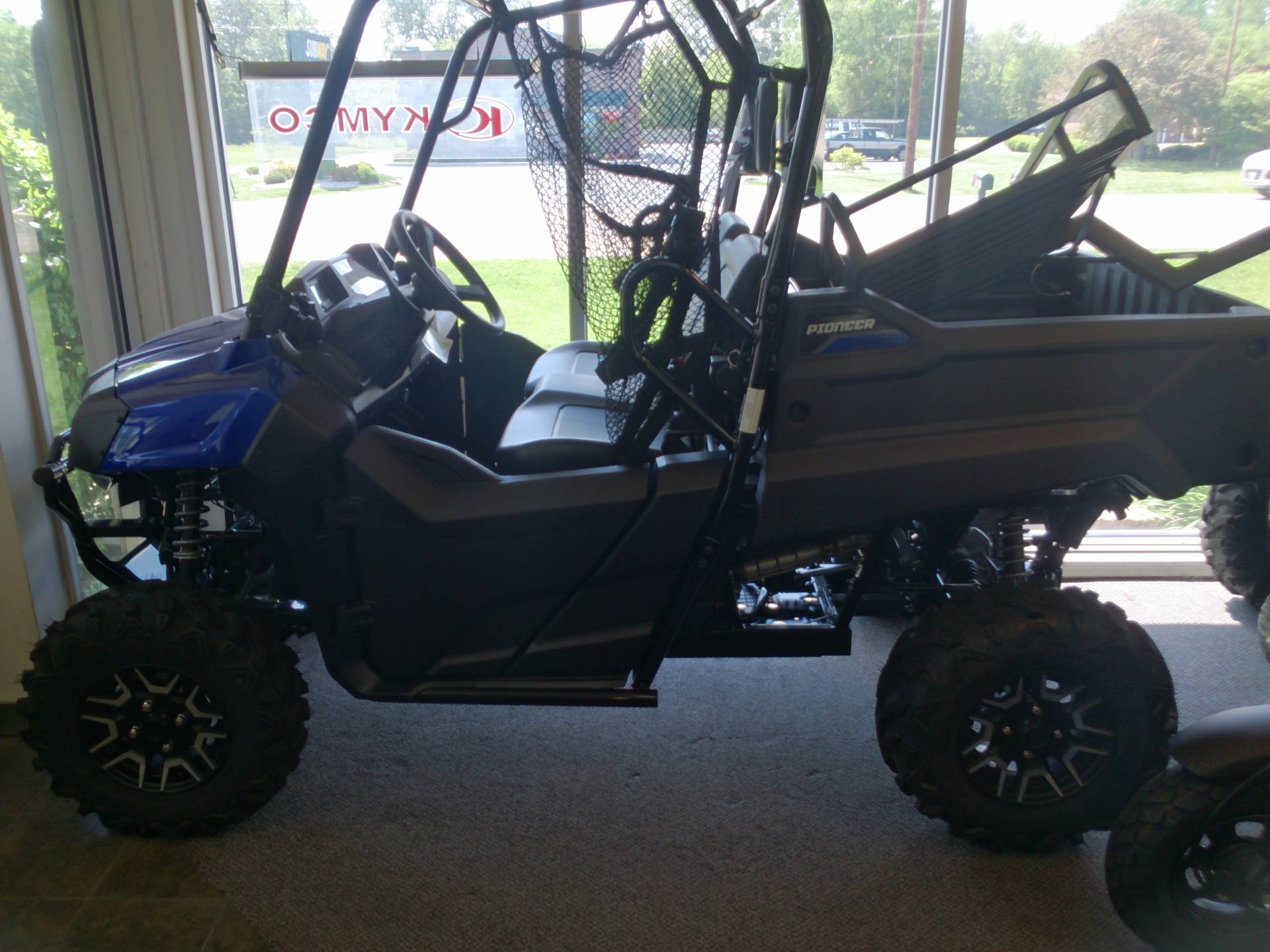 2017 Honda Pioneer 700 Deluxe in Sterling, Illinois
