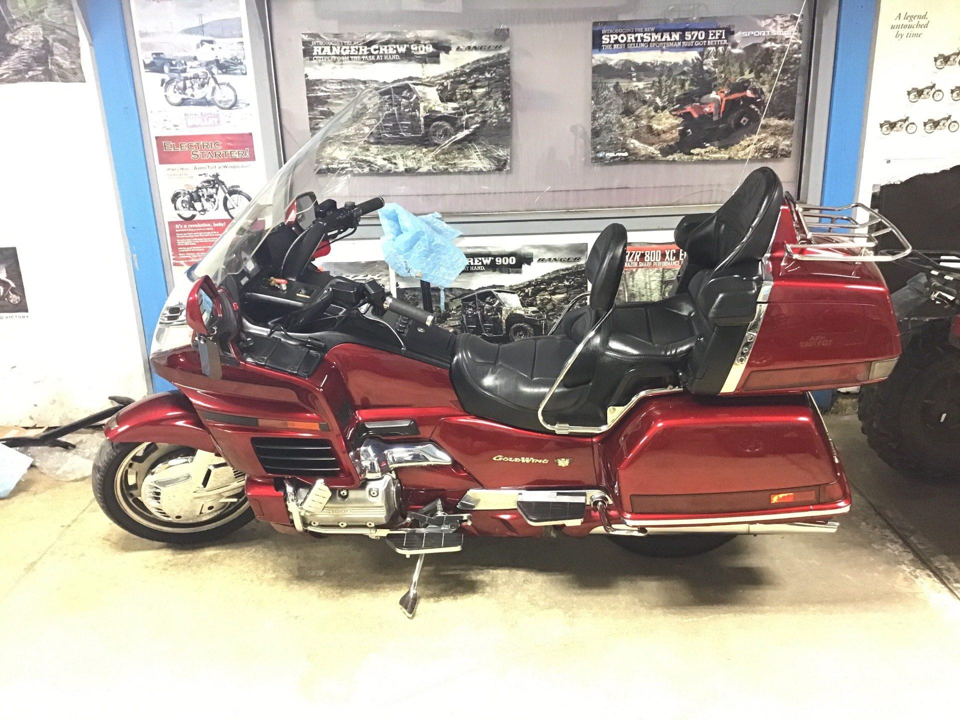 1998 Honda Goldwing GL1500 in Sterling, Illinois - Photo 2