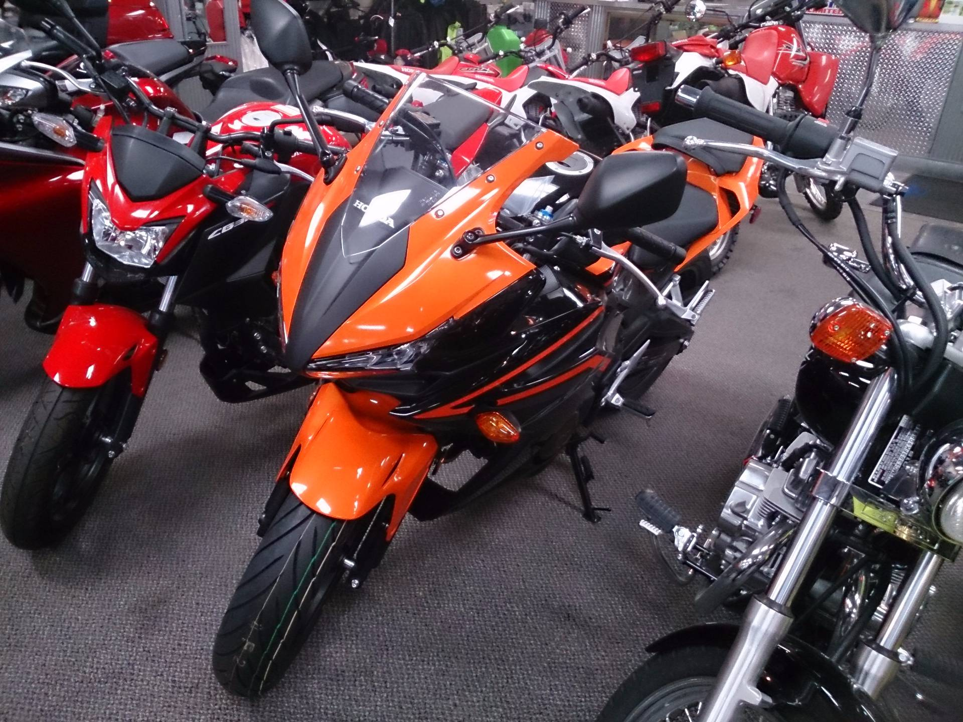 2017 Honda CBR500R in Sterling, Illinois
